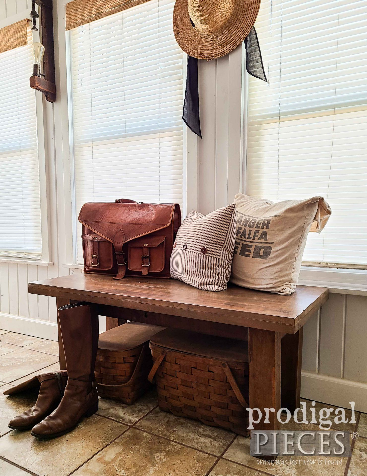 Farmhouse Style Entry Bench Built from Reclaimed Materials by Larissa of Prodigal Pieces   prodigalpieces.com #prodigalpieces #diy #home #farmhouse #homedecor