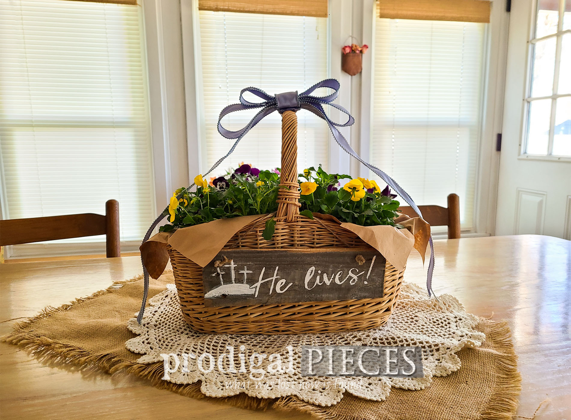Featured DIY Easter Centerpiece | Simple, Affordable & and Oh so pretty | by Larissa of Prodigal Pieces | prodigalpieces.com #prodigalpieces #easter #diy #home #homedecor