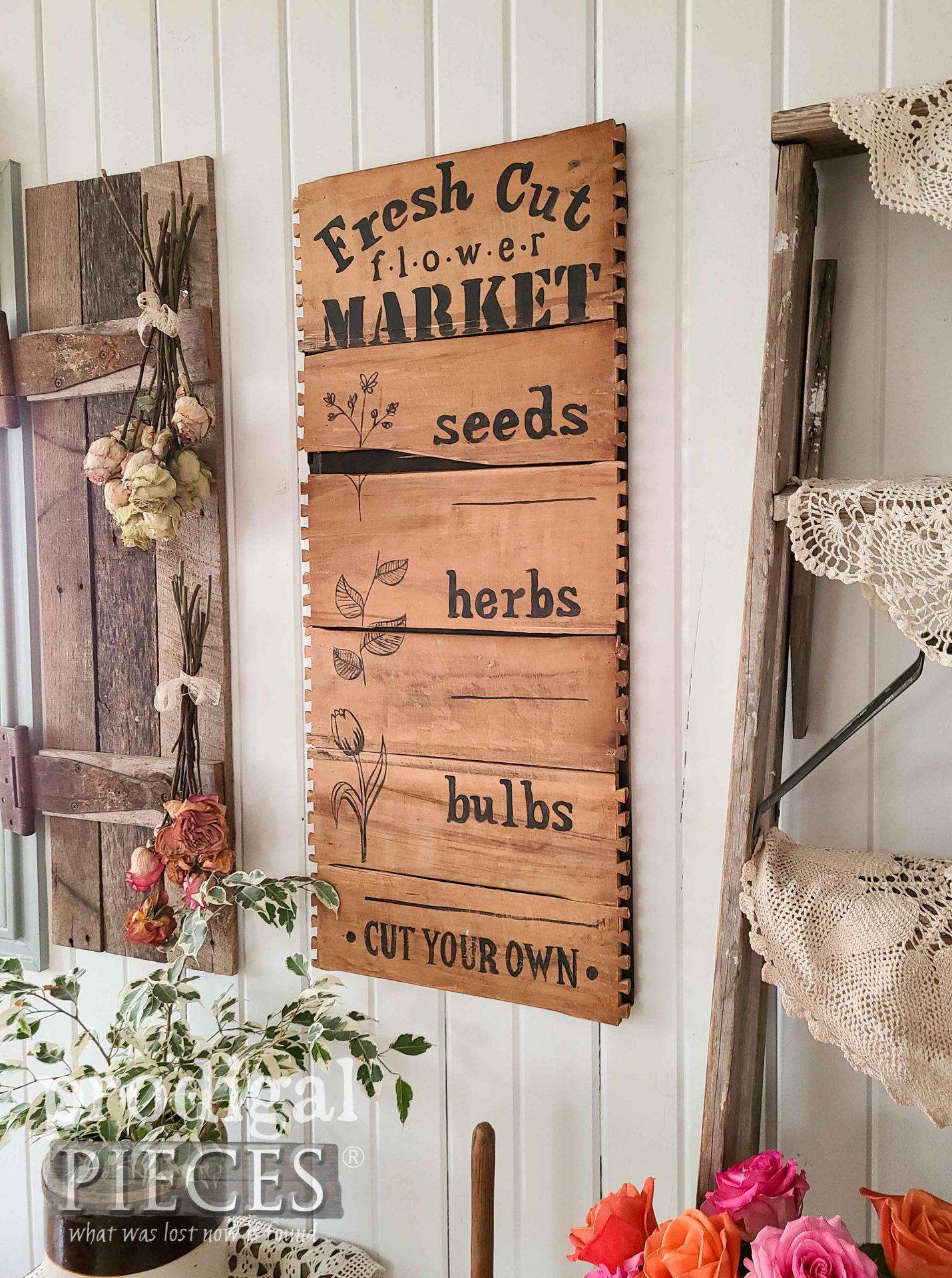 Rustic Farmhouse Flower Market Sign by Larissa of Prodigal Pieces | prodigalpieces.com #prodigalpieces #spring #diy #farmhouse #home