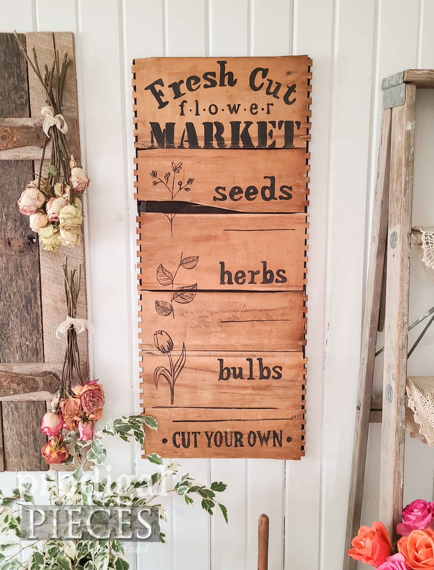 Hand-Painted Flower Sign from Broken Drawers Upcycled into Decor by Larissa of Prodigal Pieces | prodigalpieces.com #prodigalpieces #home #upcycled #diy #farmhouse