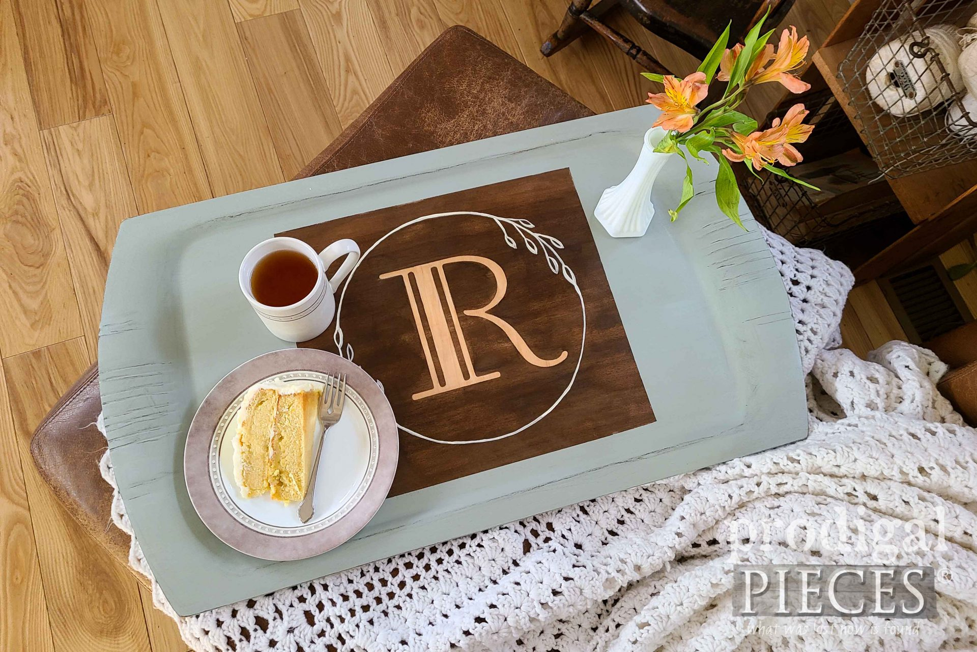 Vintage Monogram Wooden Tray with Makeover by Larissa of Prodigal Pieces | prodigalpieces.com #prodigalpieces #farmhouse #diy #home