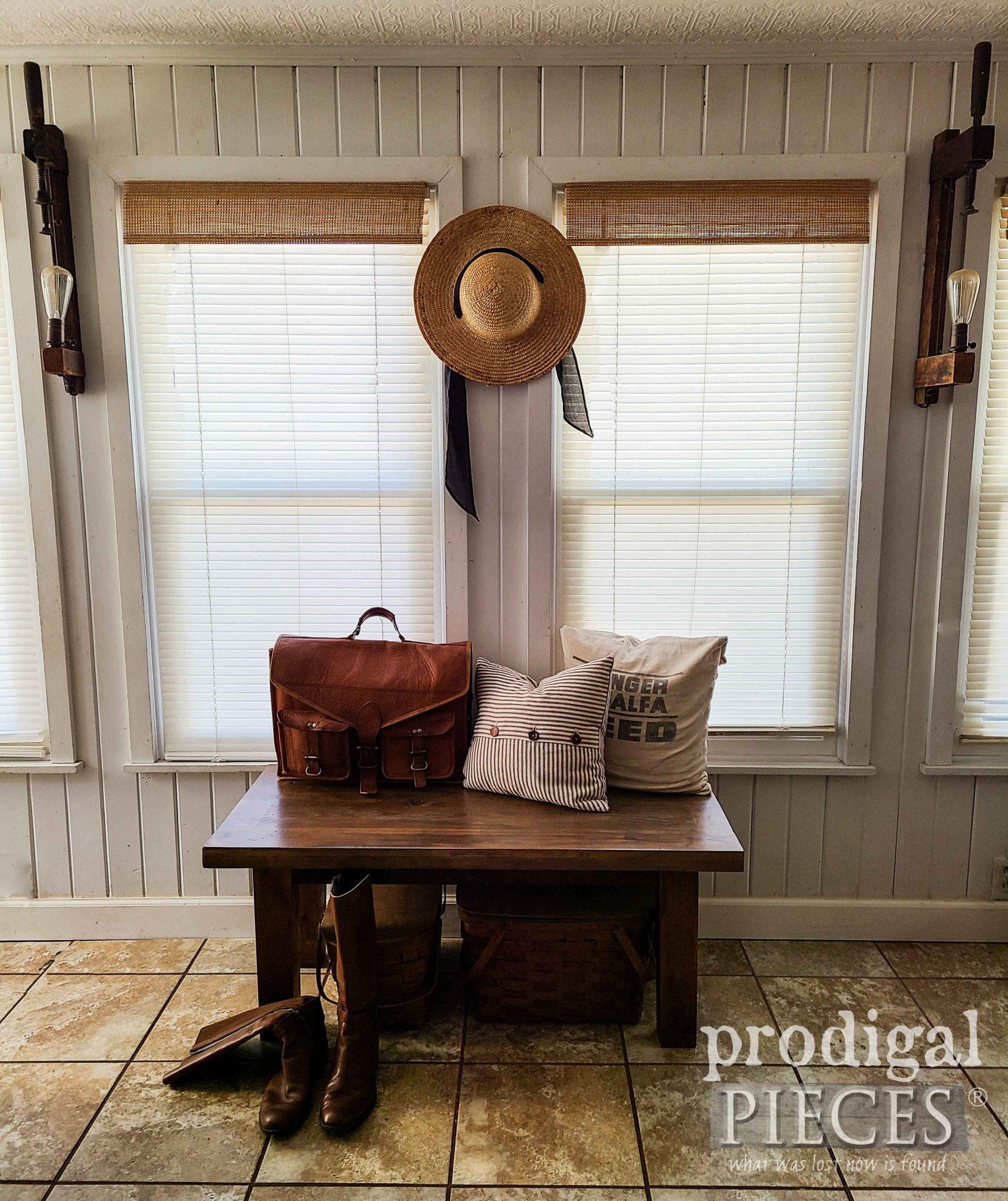 Rustic Farmhouse Entry Bench made from Reclaimed Materials by Larissa of Prodigal Pieces   prodigalpieces.com #prodigalpieces #furniture #reclaimed #farmhouse #home #homedecor