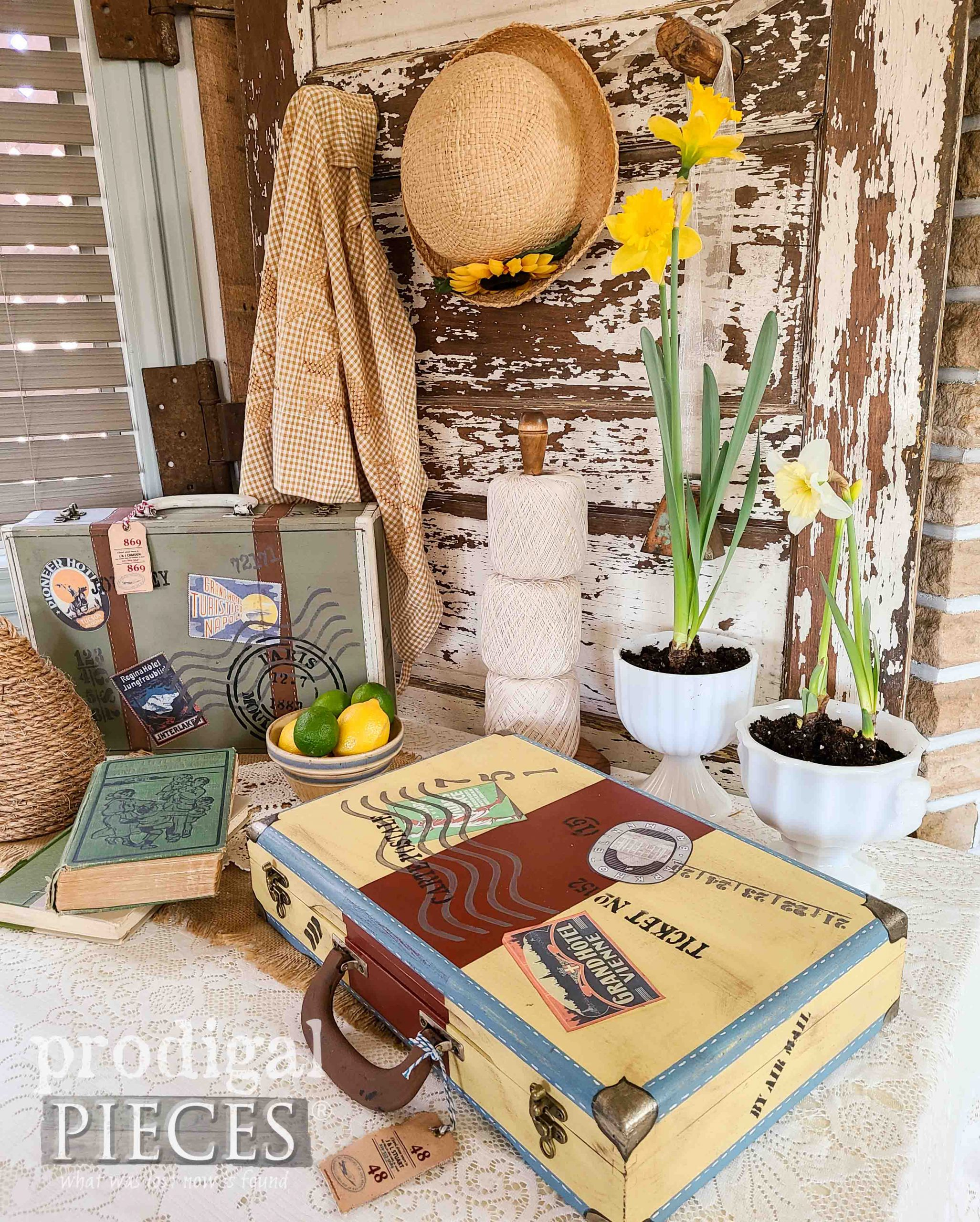 Vintage Style Spring Decor by Larissa of Prodigal Pieces | prodigalpieces.com #prodigalpieces #upcycled #diy #home #homedecor