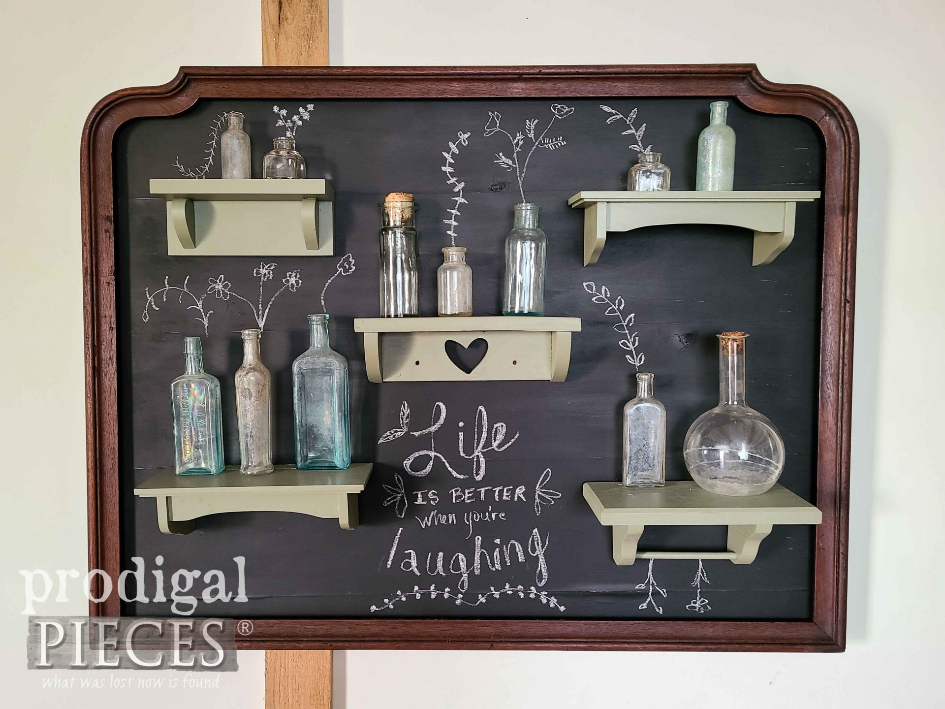 Chalkboard Style Wall Art with Typography by Larissa of Prodigal Pieces | prodigalpieces.com #prodigalpieces #diy #chalkboard