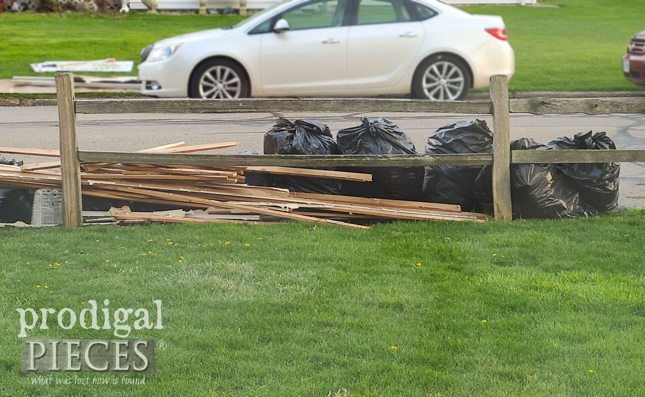 Curbside Trash | prodigalpieces.com