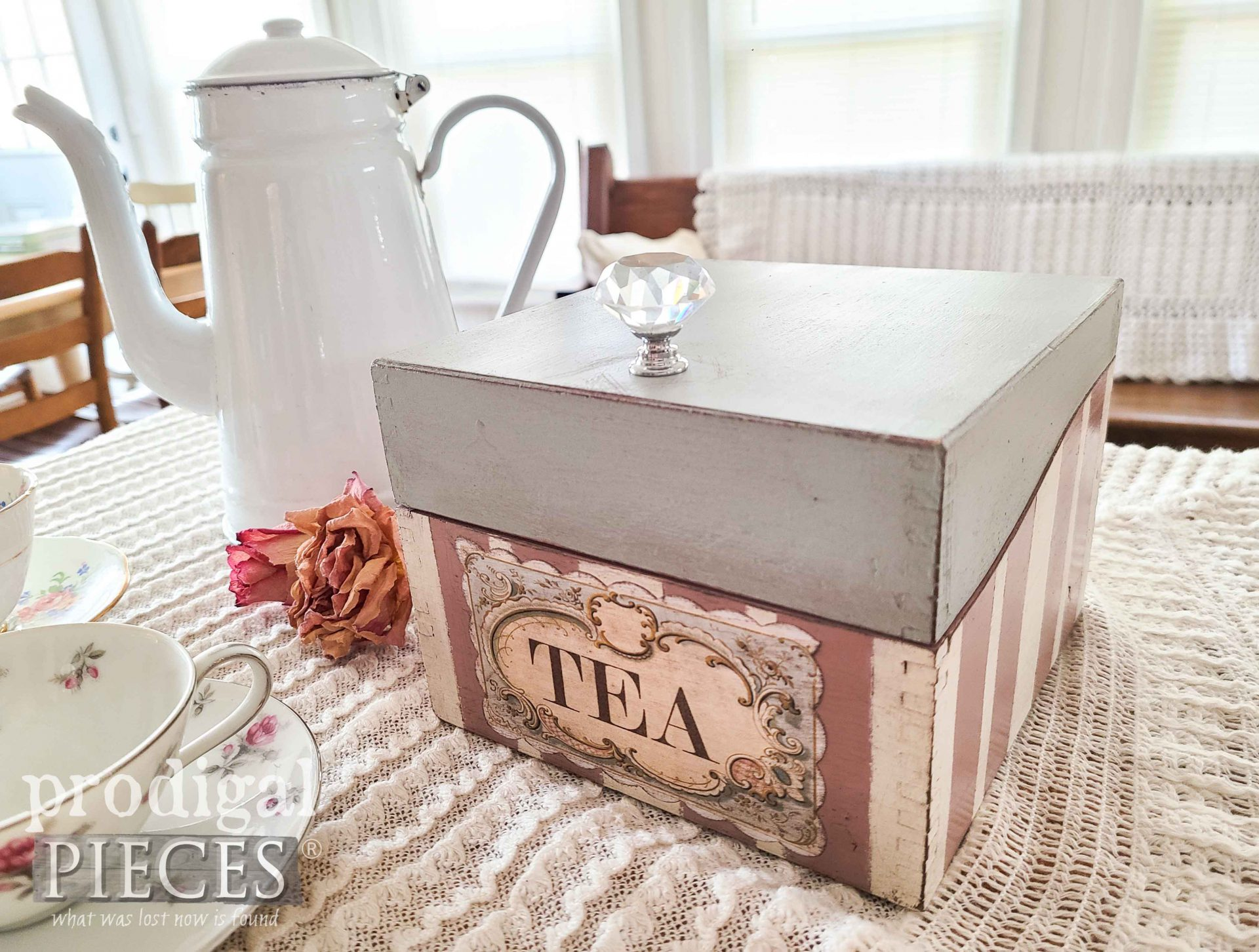 DIY Shabby Chic Decoupage Vintage Tea Box by Larissa of Prodigal Pieces | prodigalpieces.com #prodigalpieces #vintage #home #shabbychic