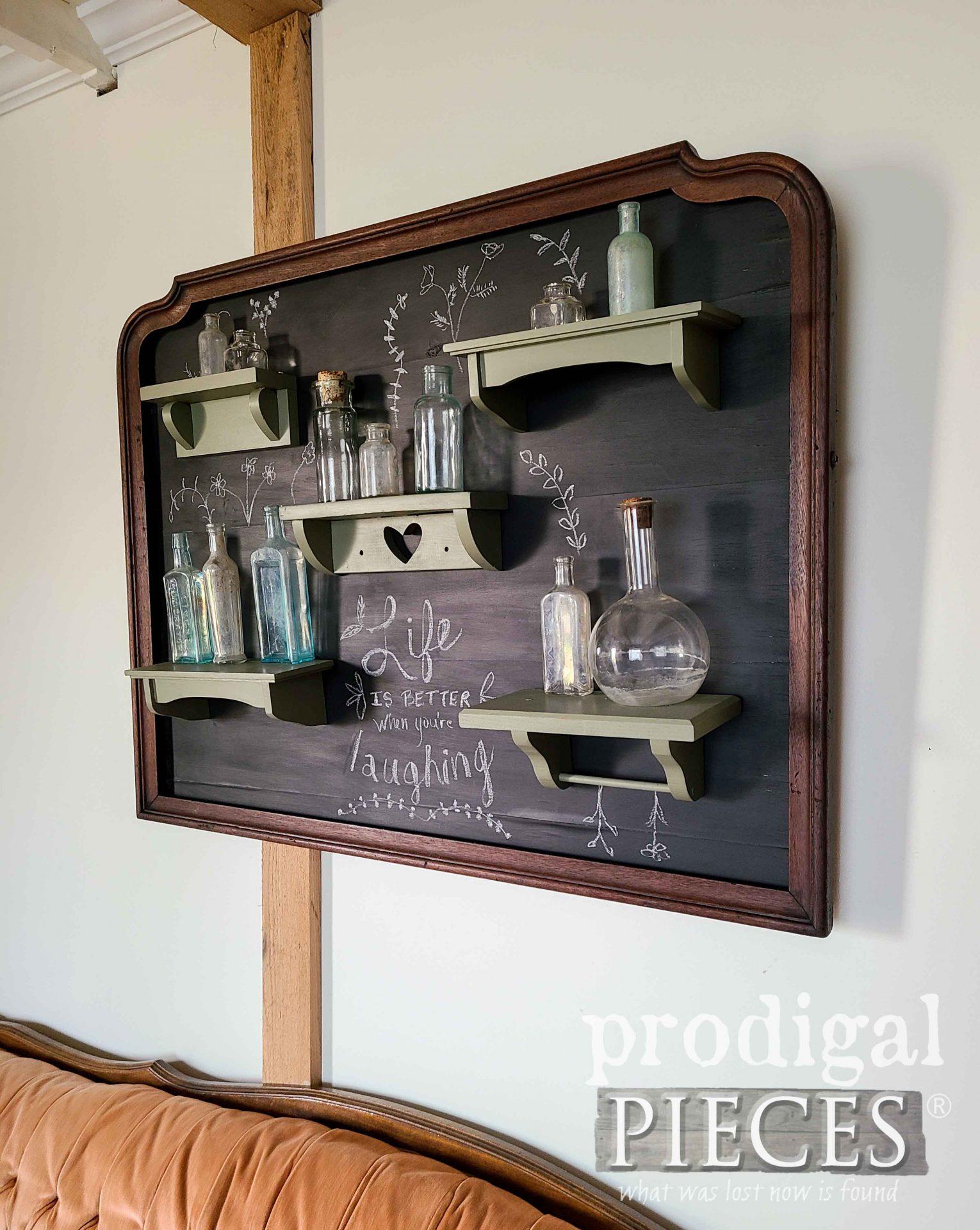 DIY Mirror Frame Wall Art by Larissa of Prodigal Pieces | prodigalpieces.com #prodigalpieces #diy #home #vintage #wallart