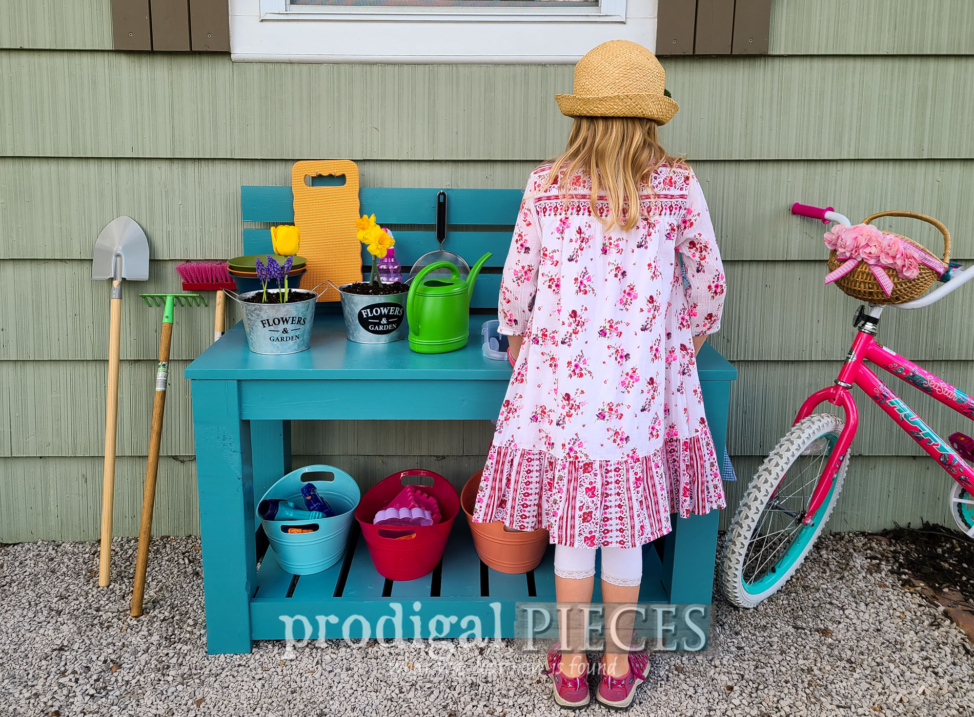 Featured Upcycled Mud Bar Potting Bench Built by JC & Larissa of Prodigal Pieces | prodigalpieces.com #prodigalpieces #kids #play #diy #toys #summer #backyard