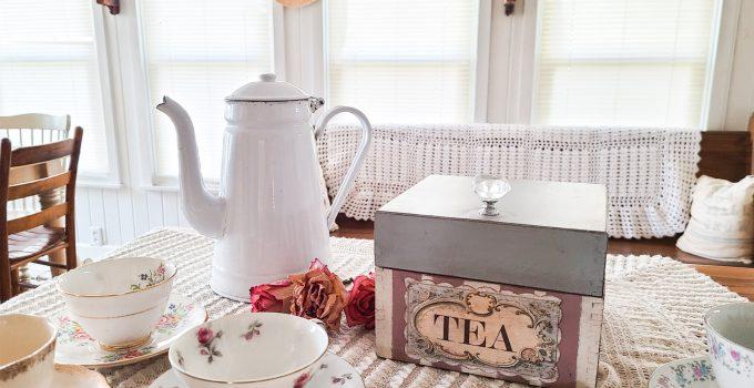Vintage Tea Box ~ A Mini Makeover