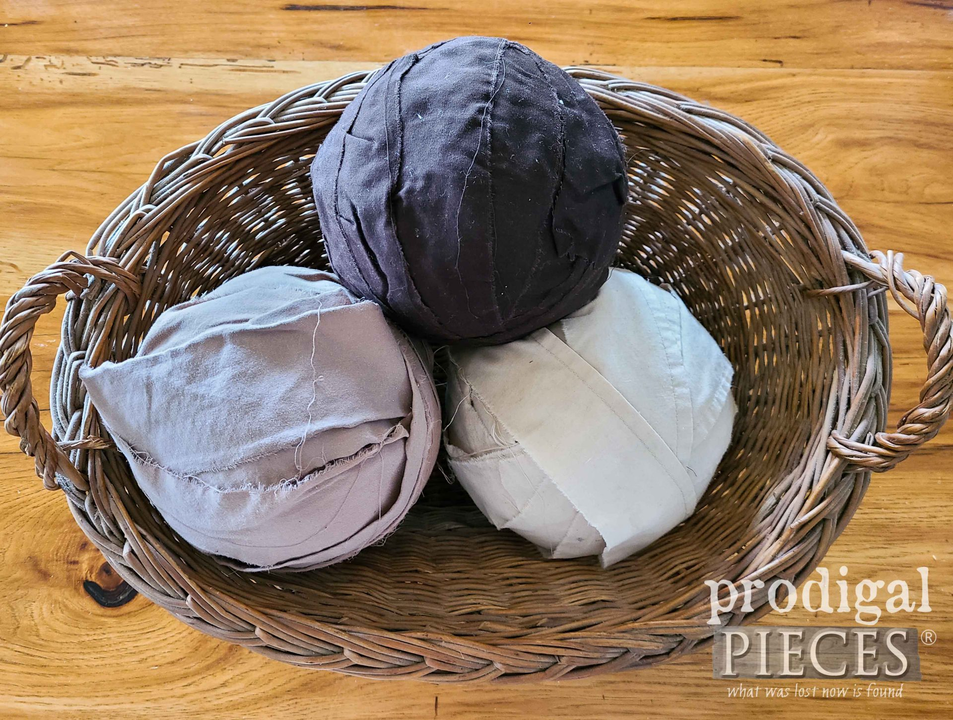 Upcycled Sheets Made into Yarn by Prodigal Pieces | prodigalpieces.com