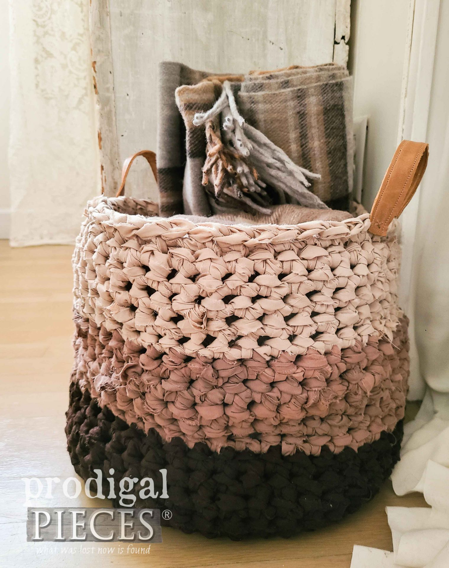 Upcycled Bed Sheets Yarn into Crochet Basket by Larissa of Prodigal Pieces | prodigalpieces.com #prodigalpieces #diy #home #crafts #crochet