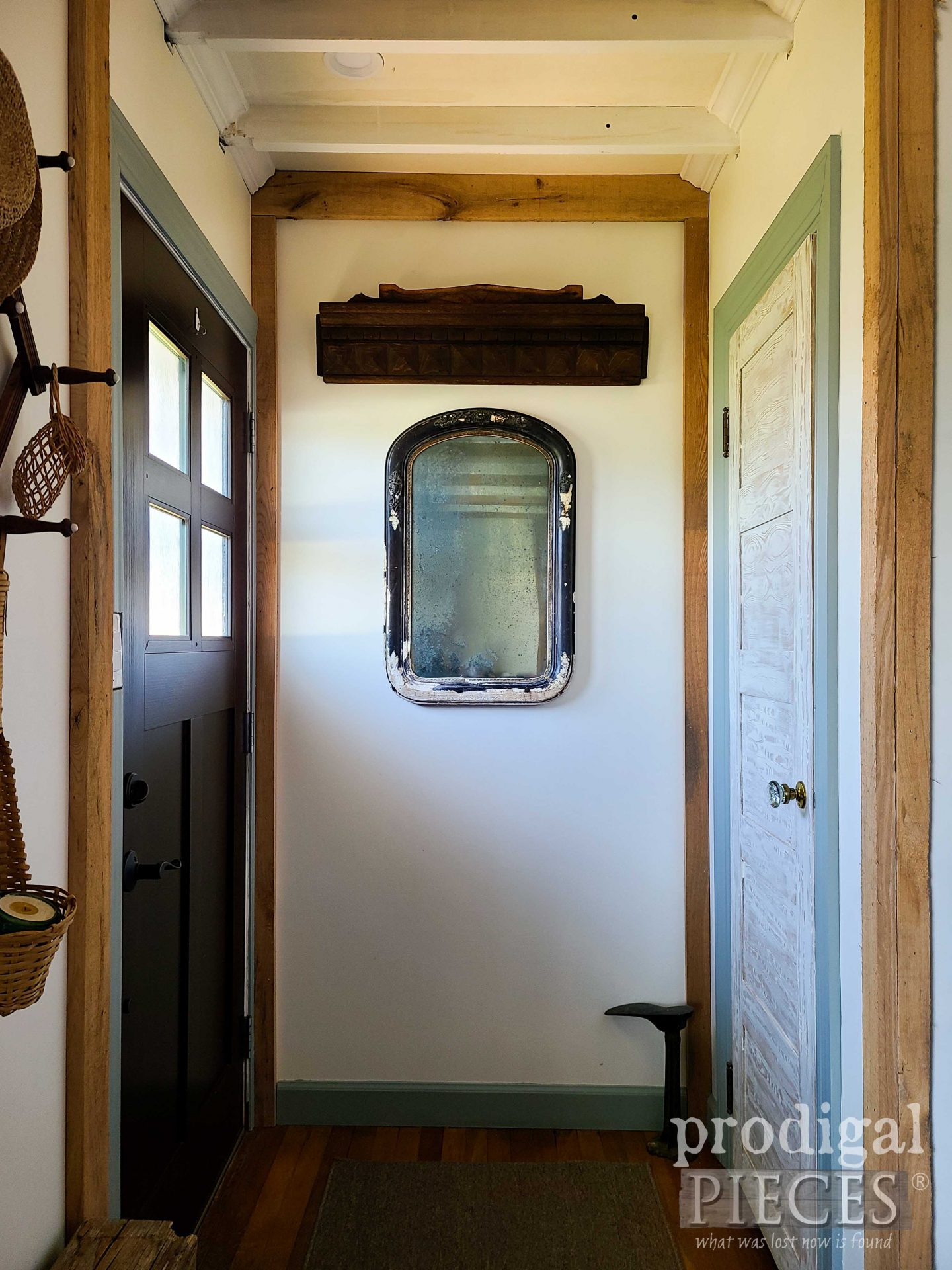 Antique Farmhouse Salvaged Decor from Aged Finds by Larissa of Prodigal Pieces   prodigalpieces.com #prodigalpieces #farmhouse #antique #home #homedecor