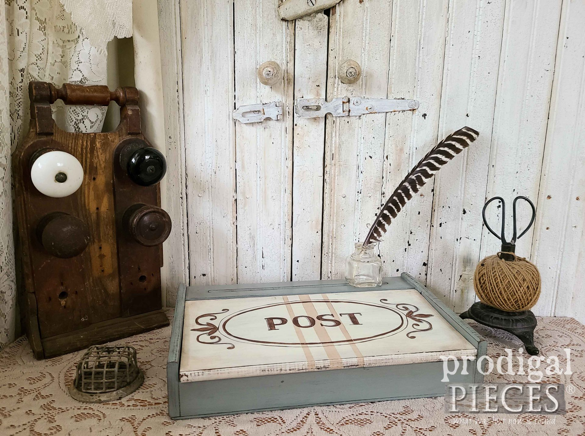 Antique Style Writing Box Makeover by Larissa of Prodigal Pieces | prodigalpieces.com #prodigalpieces #vintage #home #homedecor