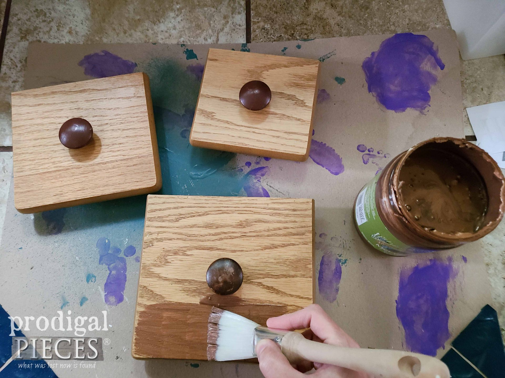 Painting Kitchen Canister Lids with Metallic Paint | prodigalpieces.com