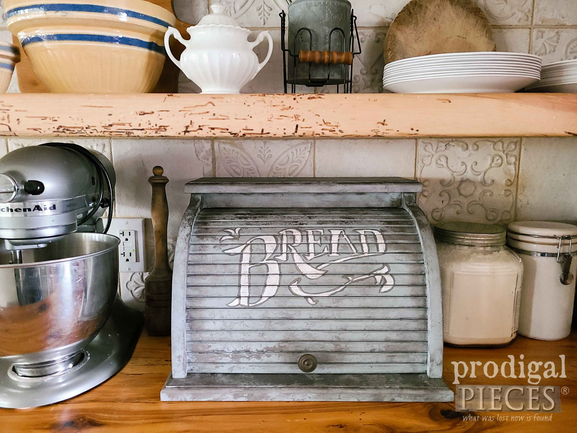 Faux Zinc Bread Box for Farmhouse Kitchen Decor by Larissa of Prodigal Pieces | prodigalpieces.com #prodigalpieces #diy #farmhouse #home #homedecor