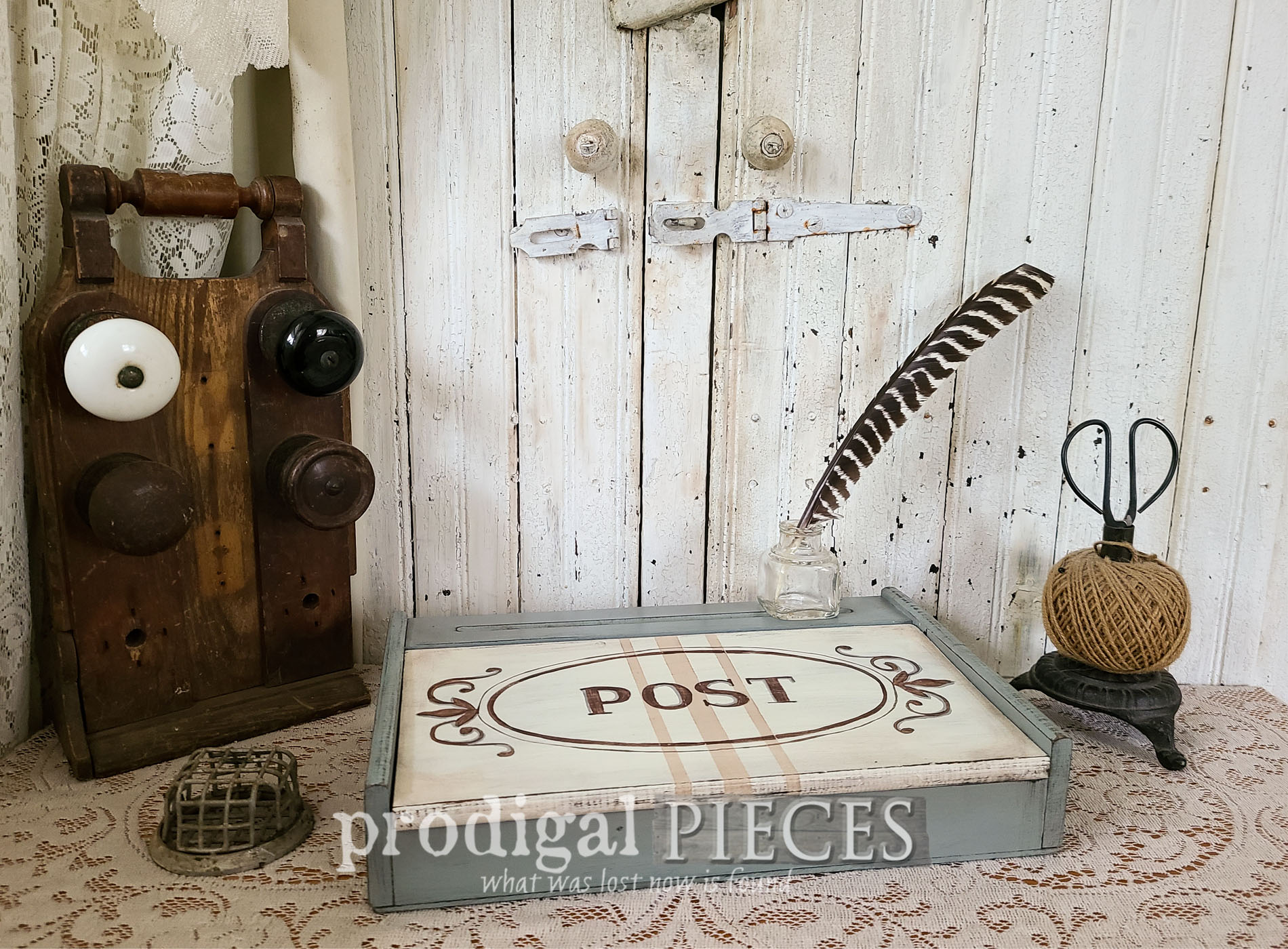 Featured Vintage Writing Box Given Antique Style by Larissa of Prodigal Pieces | prodigalpieces.com #prodigalpieces #diy #vintage #home #homedecor