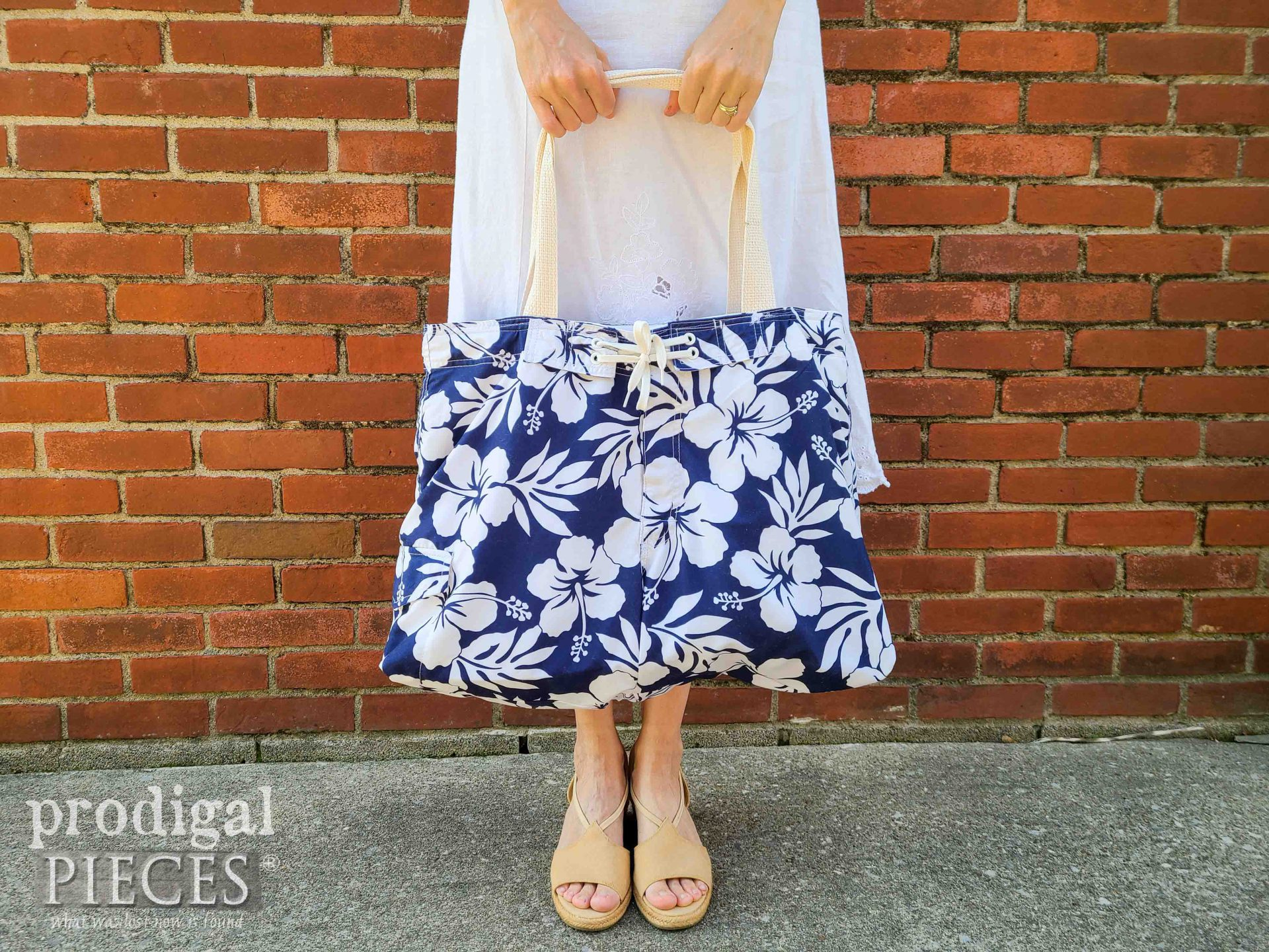 Handmade Swimsuit Bag from Upcycled Swim Trunks by Larissa of Prodigal Pieces   prodigalpieces.com #prodigalpieces #refashion #swimming #fashion #handmade