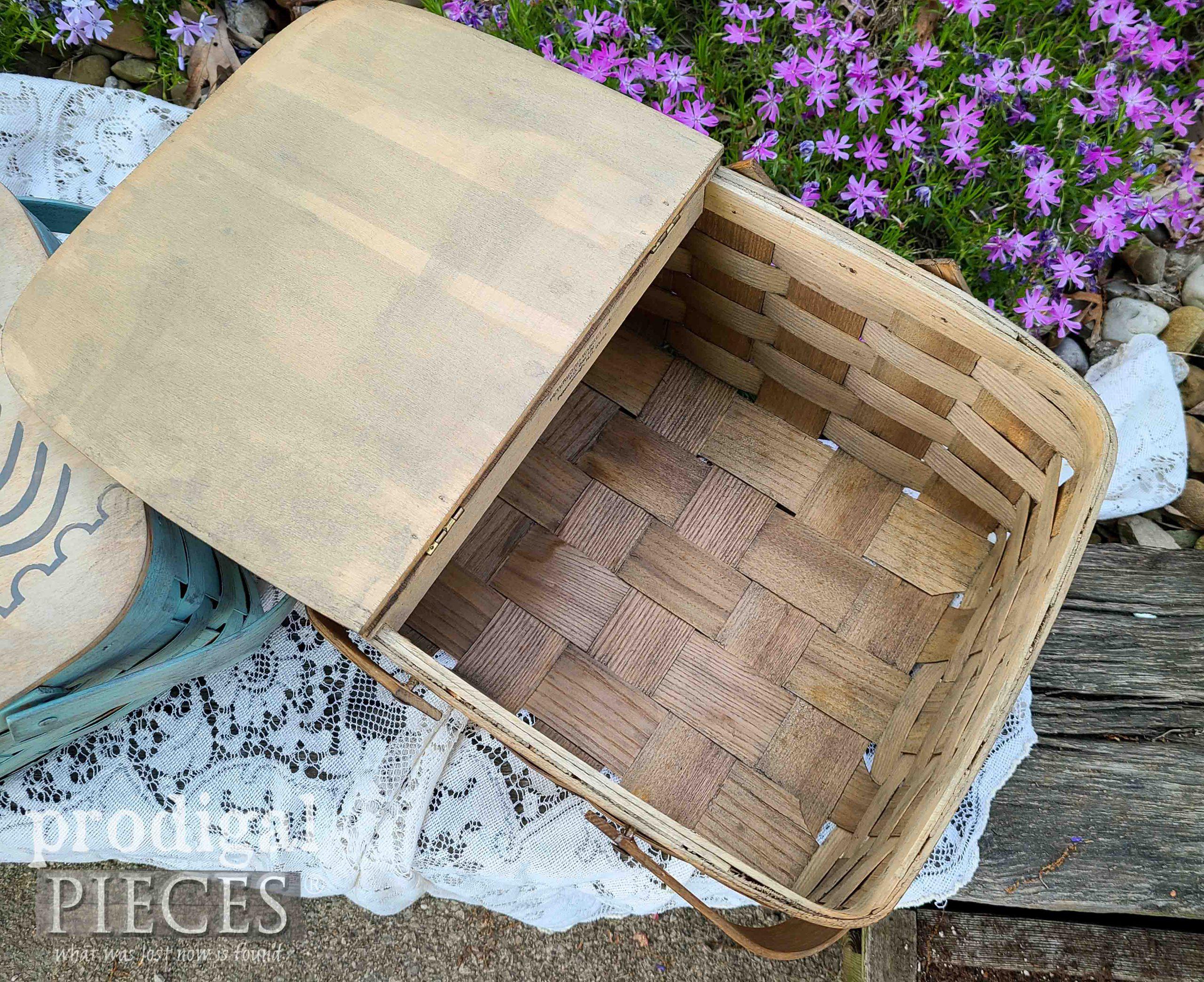 Inside Grain Sack Basket by Prodigal Pieces | prodigalpieces.com #prodigalpieces #french #farmhouse #home