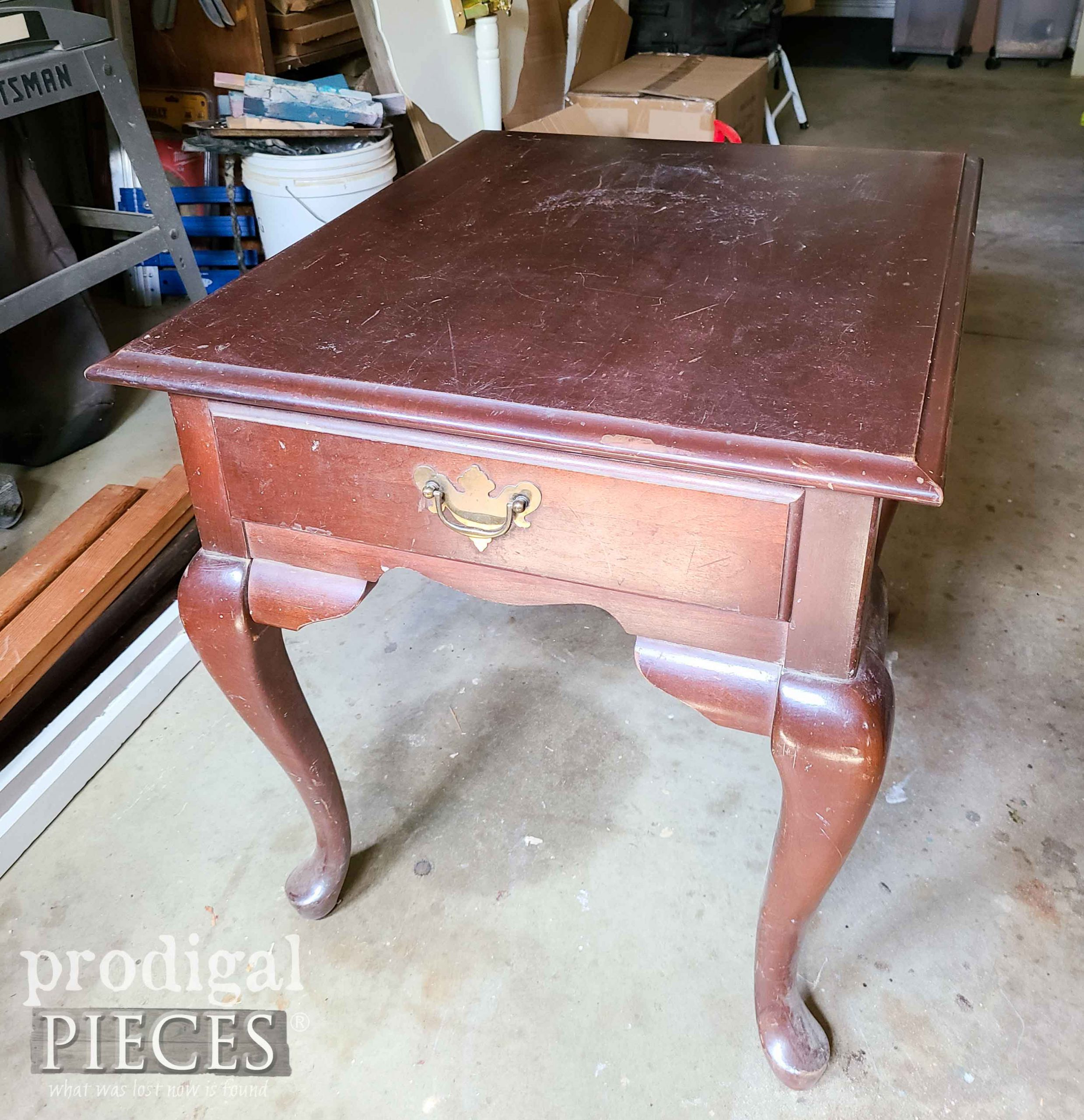 Queen Anne Table Before Makeover | prodigalpieces.com