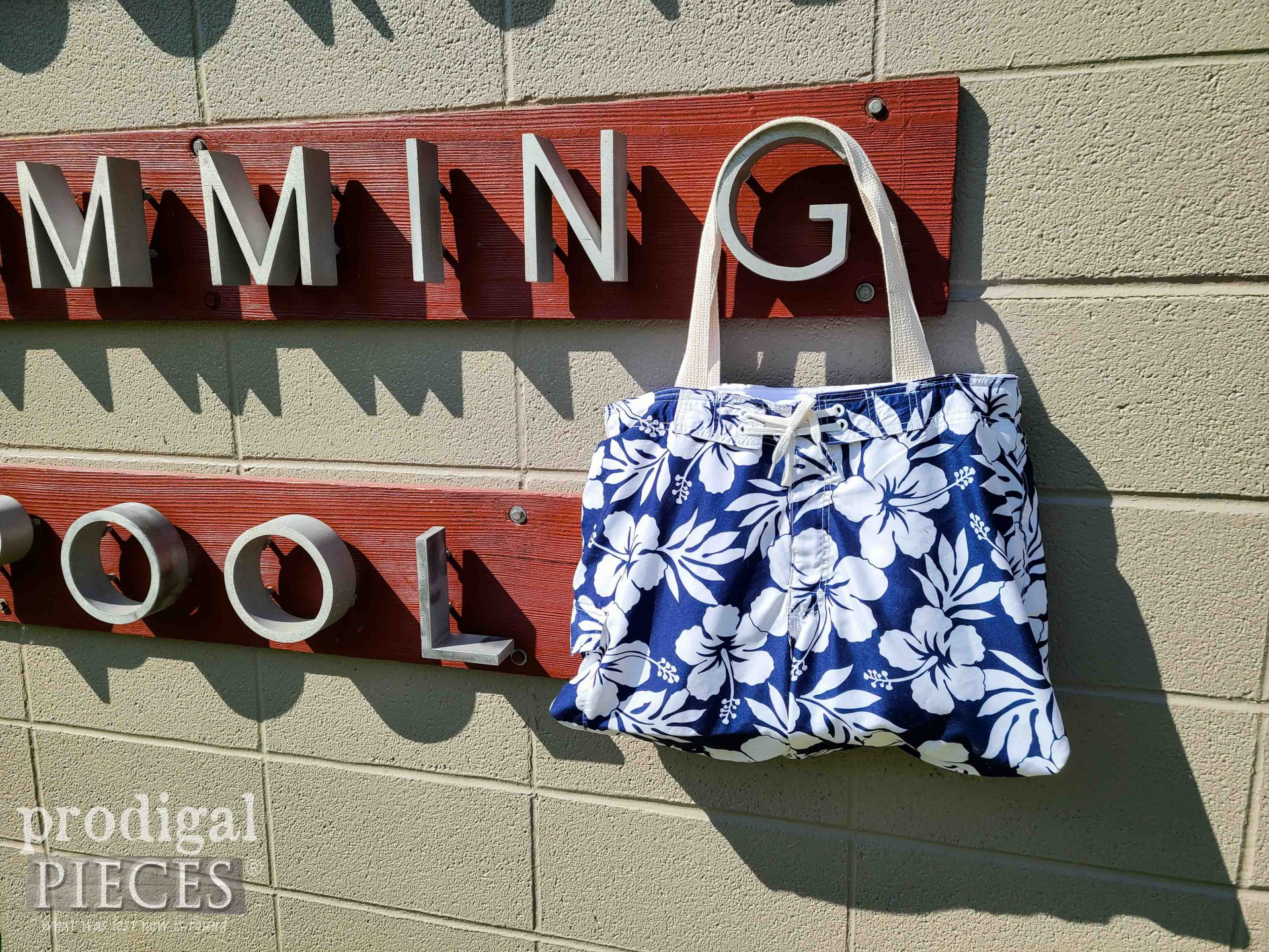 Refashioned Swimsuit Beach Bag from an Upcycled Swimsuit by Larissa of Prodigal Pieces   prodigalpieces.com #prodigalpieces #swimming #sewing #refashion #summer #diy