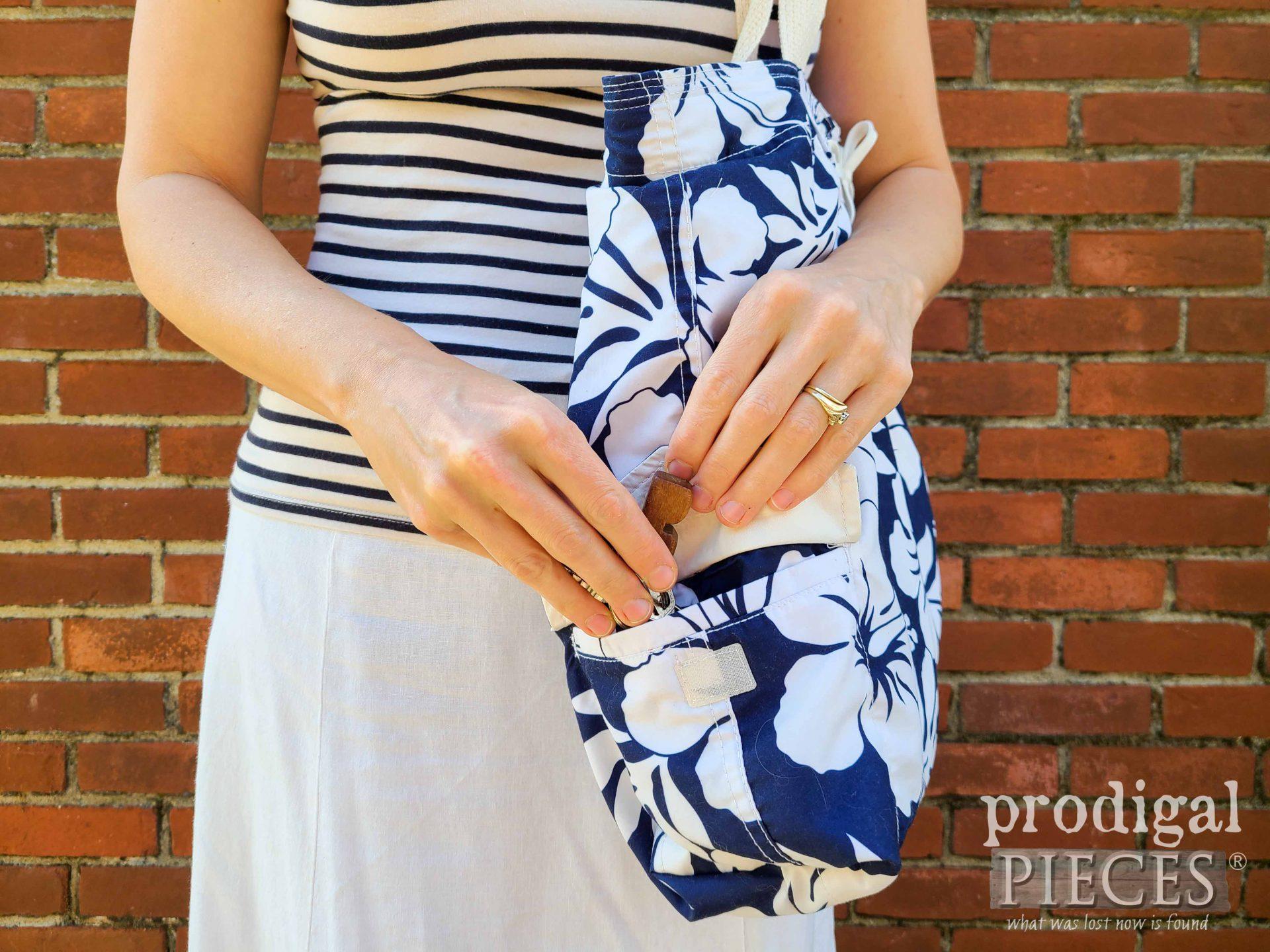 Upcycled Swimsuit Bag Pocket by Larissa of Prodigal Pieces   prodigalpieces.com #prodigalpieces #sewing #fashion #diy #summer #bag