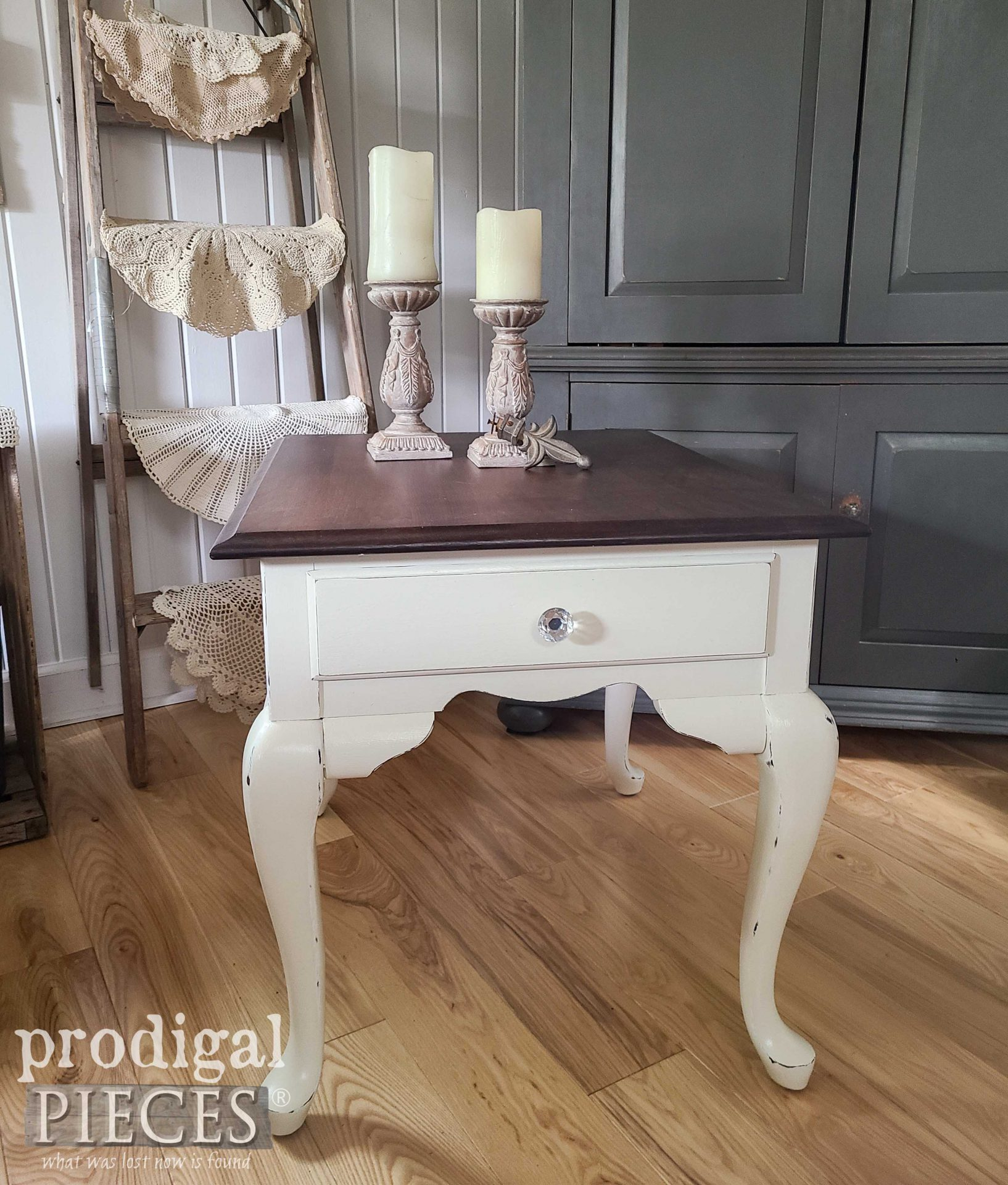 Vintage Queen Anne Side Table Refinished by Prodigal Pieces | prodigalpieces.com #prodigalpieces #furniture #home #homedecor #farmhouse #vintage