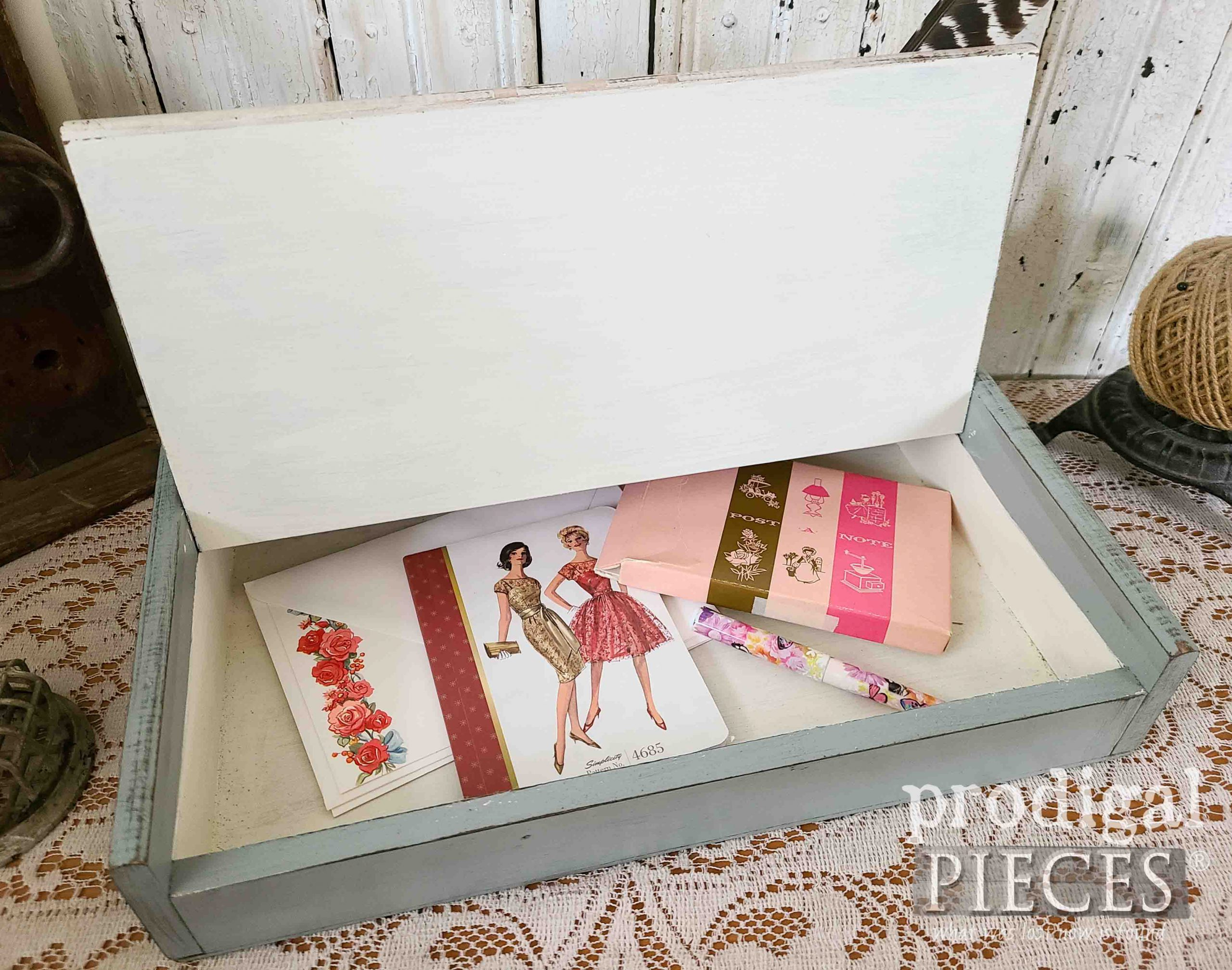 Vintage Stationary in Writing Box by Prodigal Pieces | prodigalpieces.com #prodigalpieces #vintage #farmhouse #diy