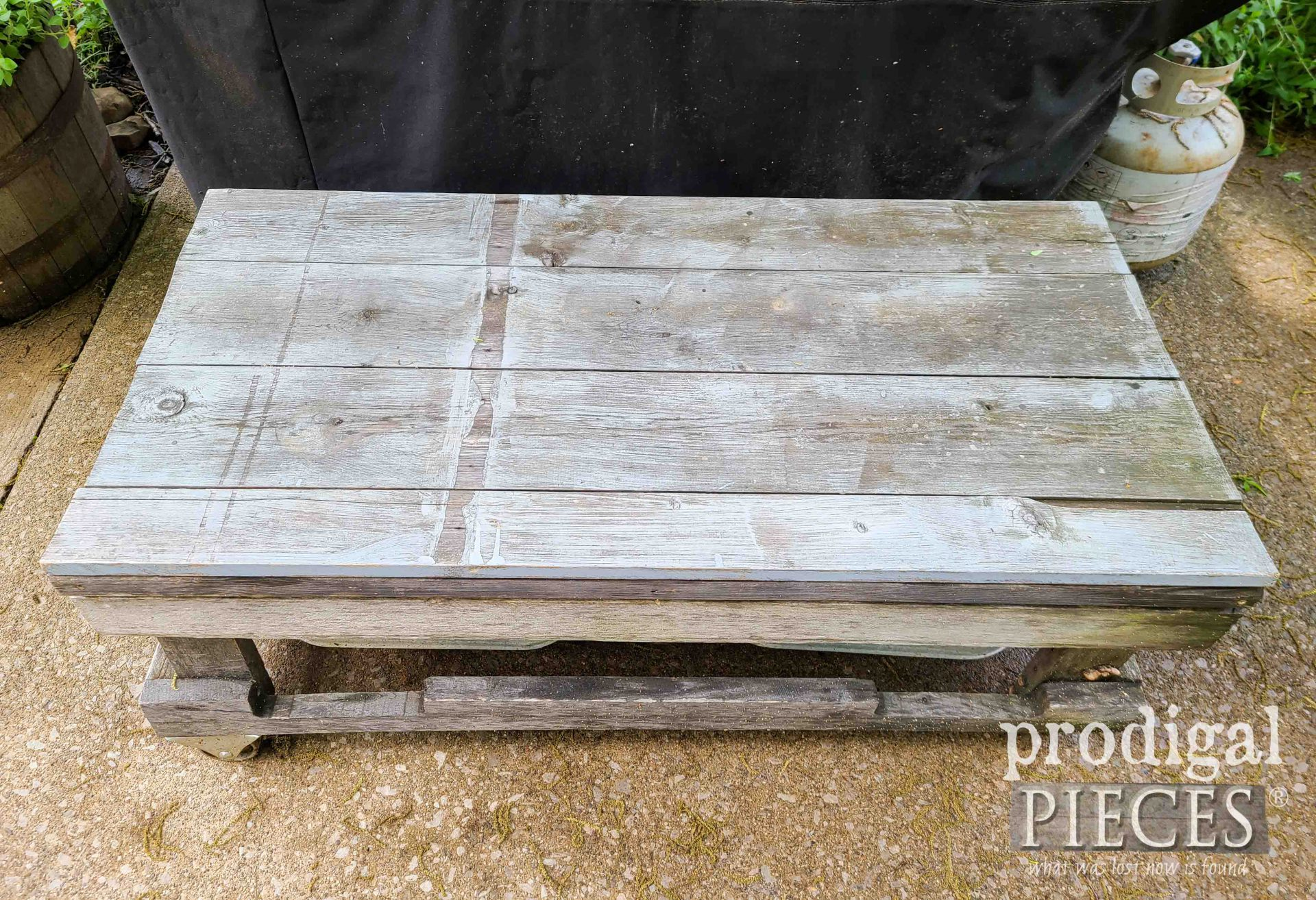 Reclaimed Patio Coffee Table Before | prodigalpieces.com