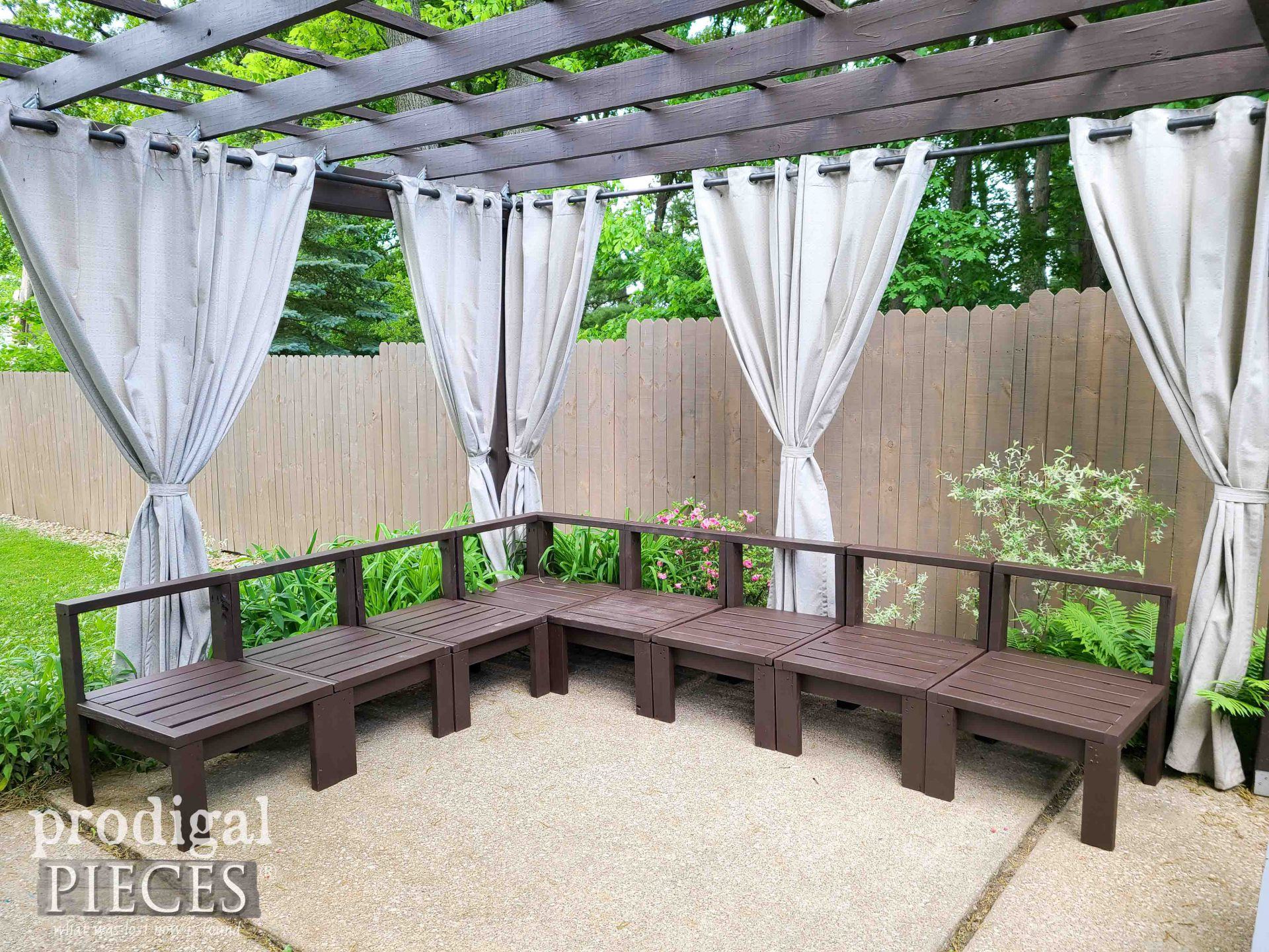DIY Patio SEctional Stained and Ready to Go | by Prodiglal Pieces | prodigalpieces.com #prodigalpieces #patio #diy #home #outdoor #backyard