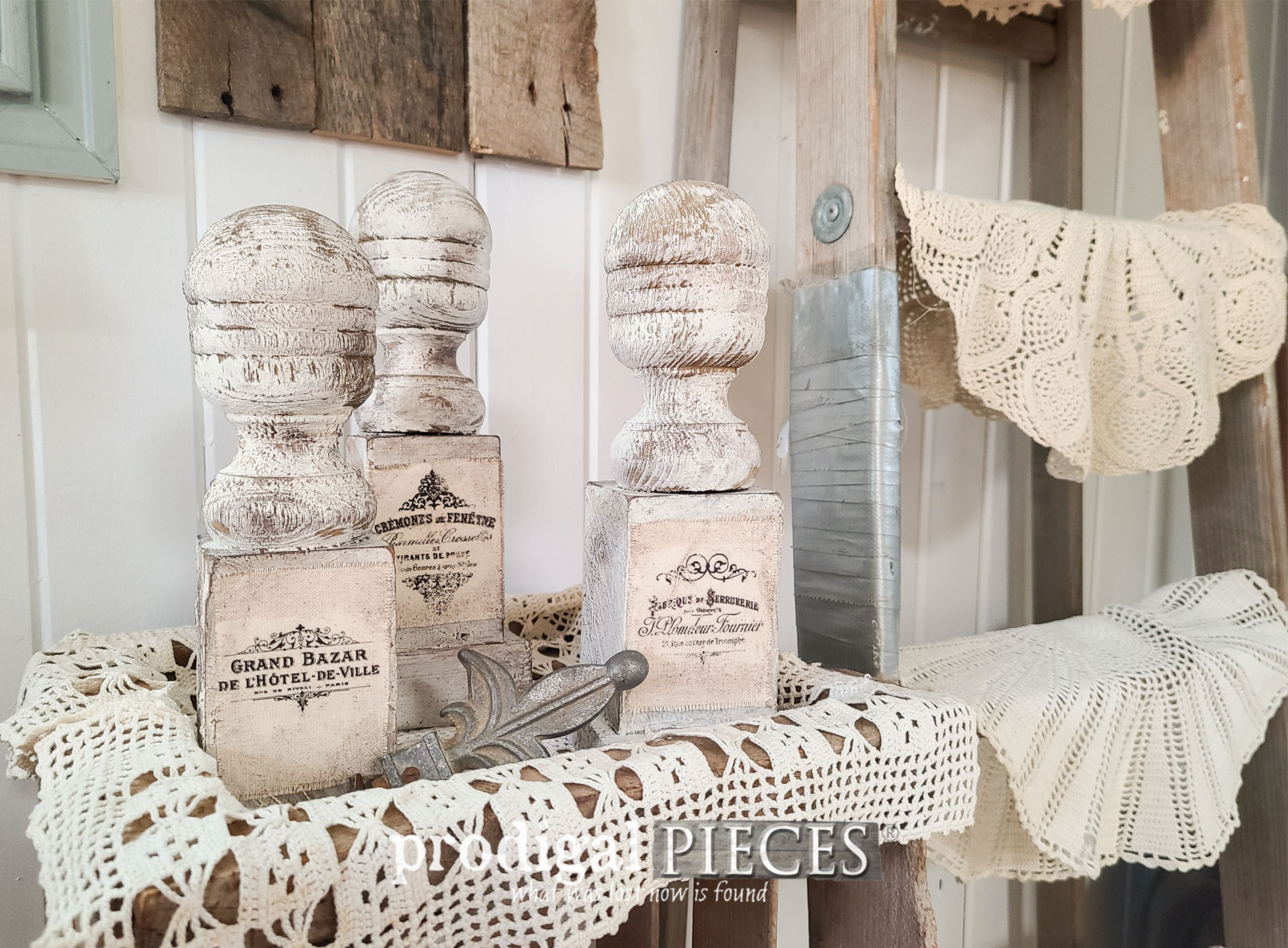 Featured French Farmhouse Upcycle Finials by Larissa of Prodigal Pieces | prodigalpieces.com #prodigalpieces #farmhouse #diy #home #french #antique