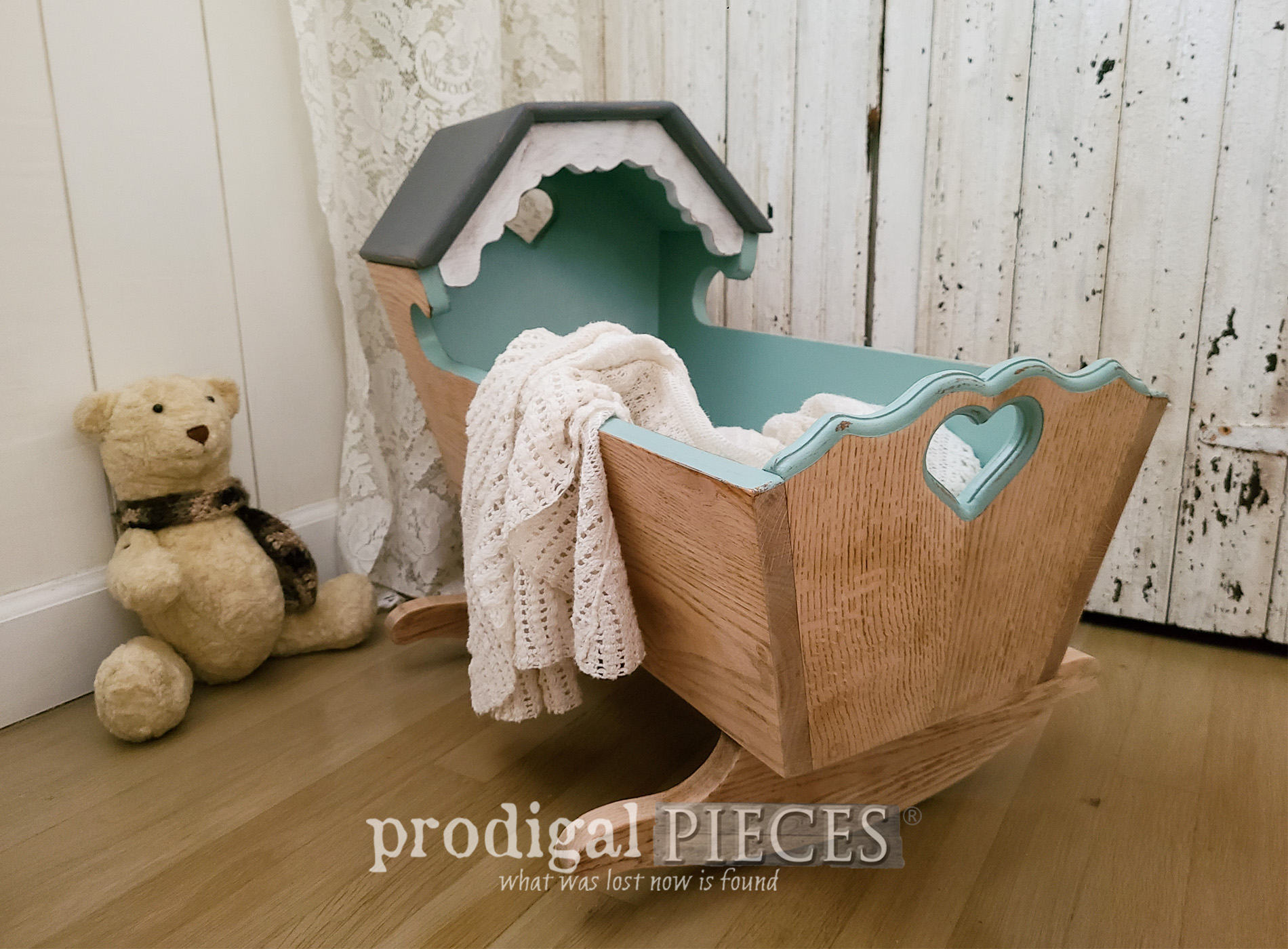 Featured Vintage Baby Cradle Makeover by Larissa of Prodigal Pieces | prodigalpieces.com #prodigalpieces #vintage #baby #diy #nursery