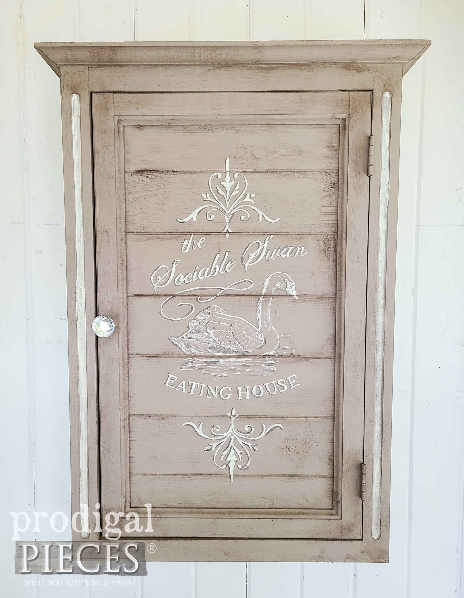 Vintage Style French Farmhouse Wall Cabinet from Mirrored Medicine Cabinet by Larissa of Prodigal Pieces | prodigalpieces.com #prodigalpieces #storage #home #farmhouse