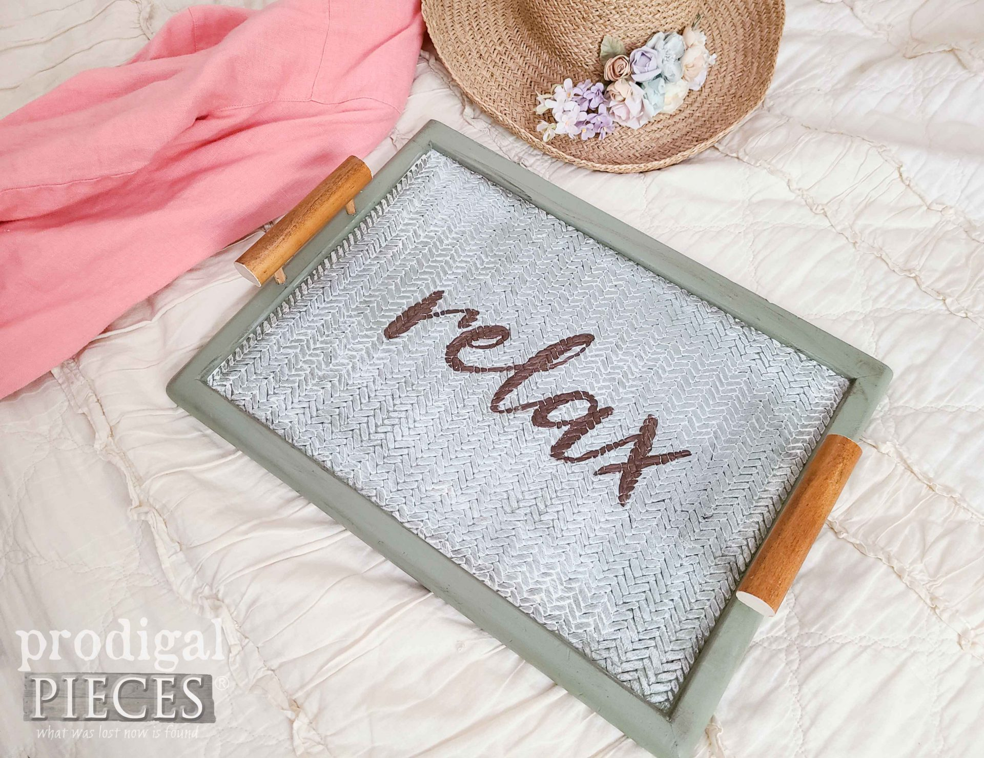 Hand-Painted Serving Tray from Broken Furniture by Larissa of Prodigal Pieces | prodigalpieces.com #prodigalpieces #diy #upcycled #home #farmhouse