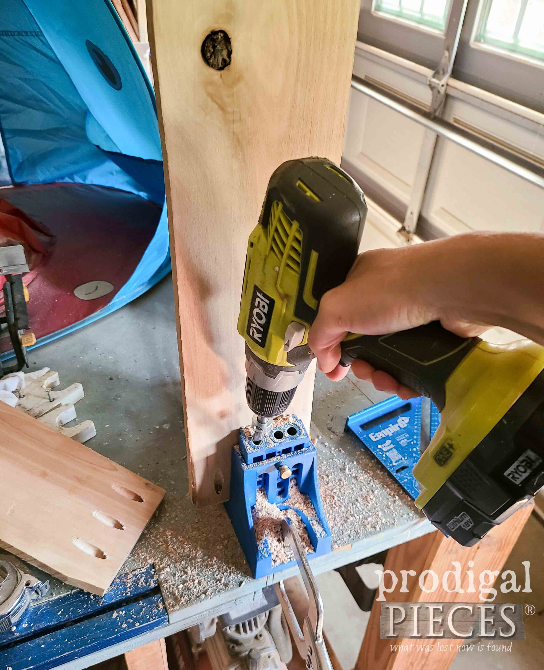 Pocket Joint Jig with Reclaimed Hardwood Pallet | prodigalpieces.com #prodigalpieces