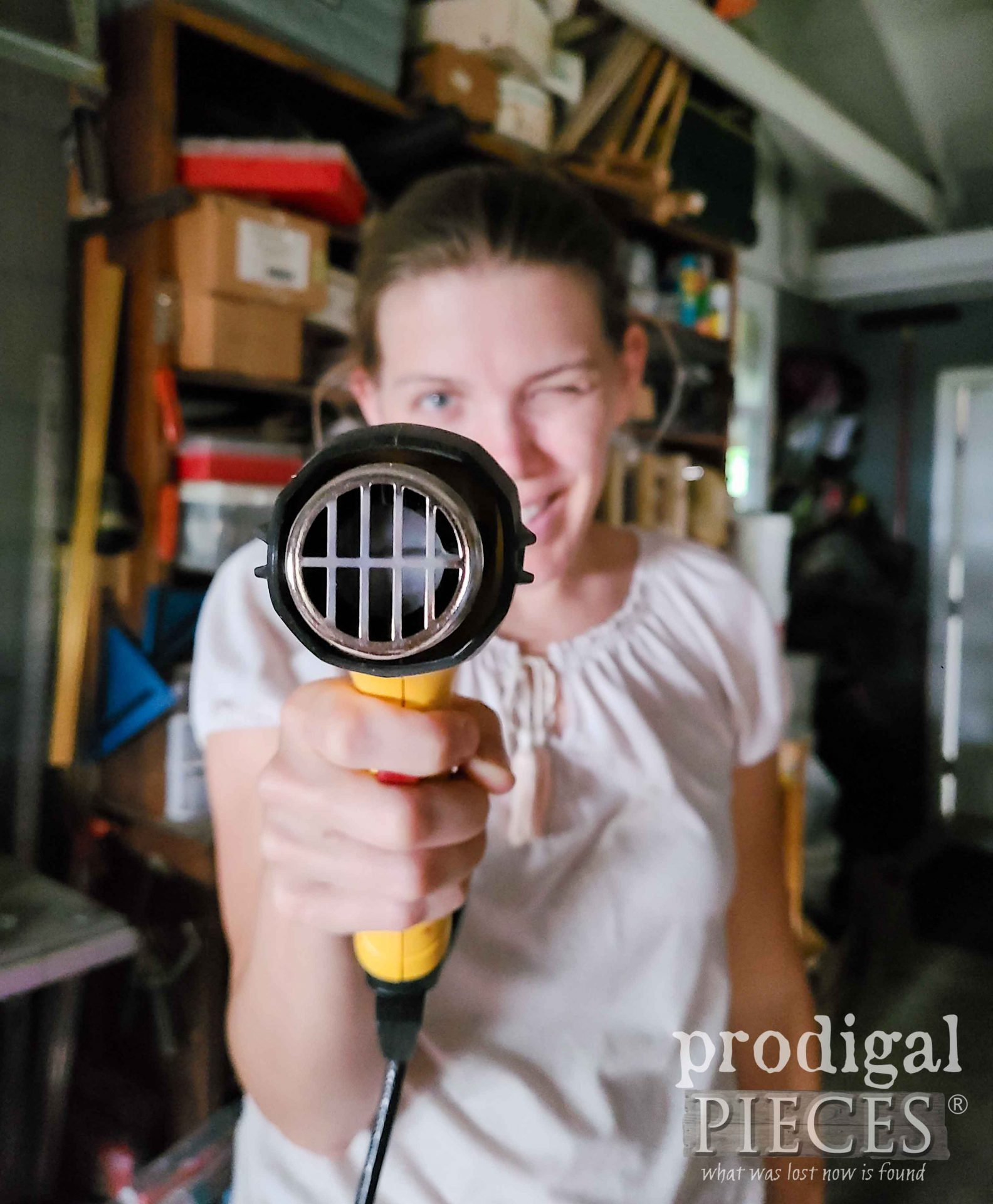Larissa of Prodigal Pieces with Wagner Heat Gun | prodigalpieces.com #prodigalpieces