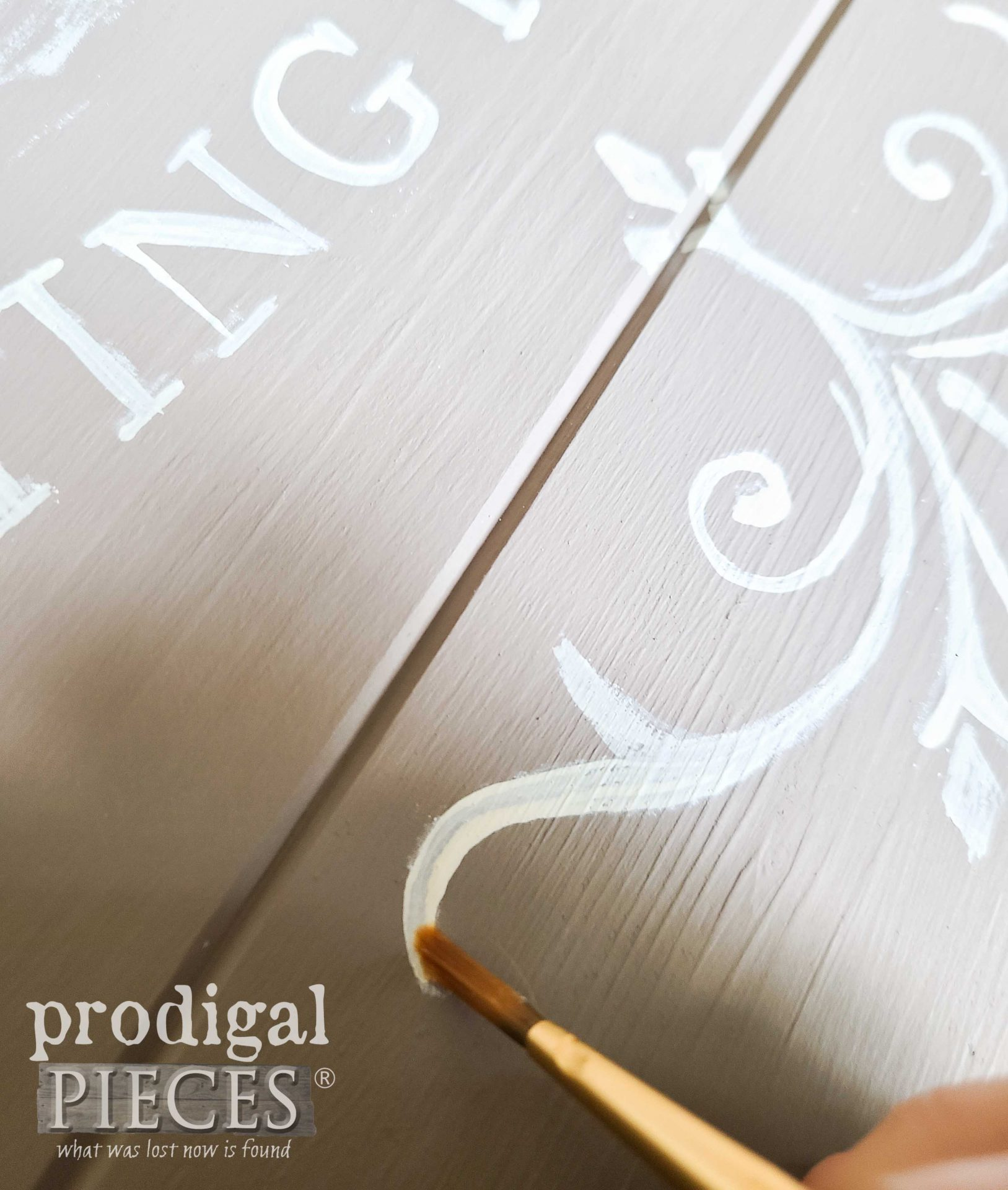 Hand Painting Typography by Larissa of Prodigal Pieces | prodigalpieces.com