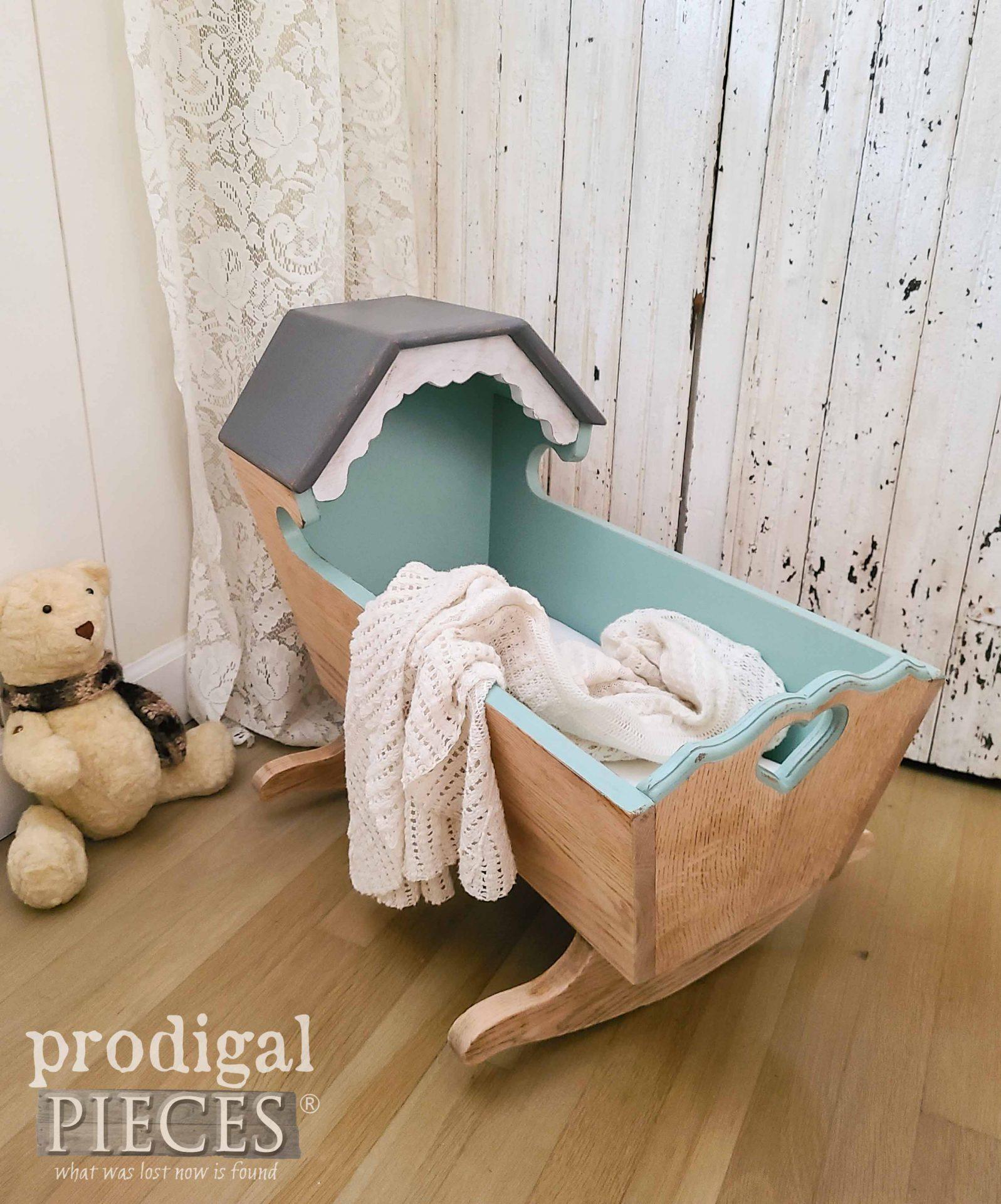 Updated Vintage Baby Cradle by Larissa of Prodigal Pieces | prodigalpieces.com #prodigalpieces #baby #handmade #home #farmhouse #nursery