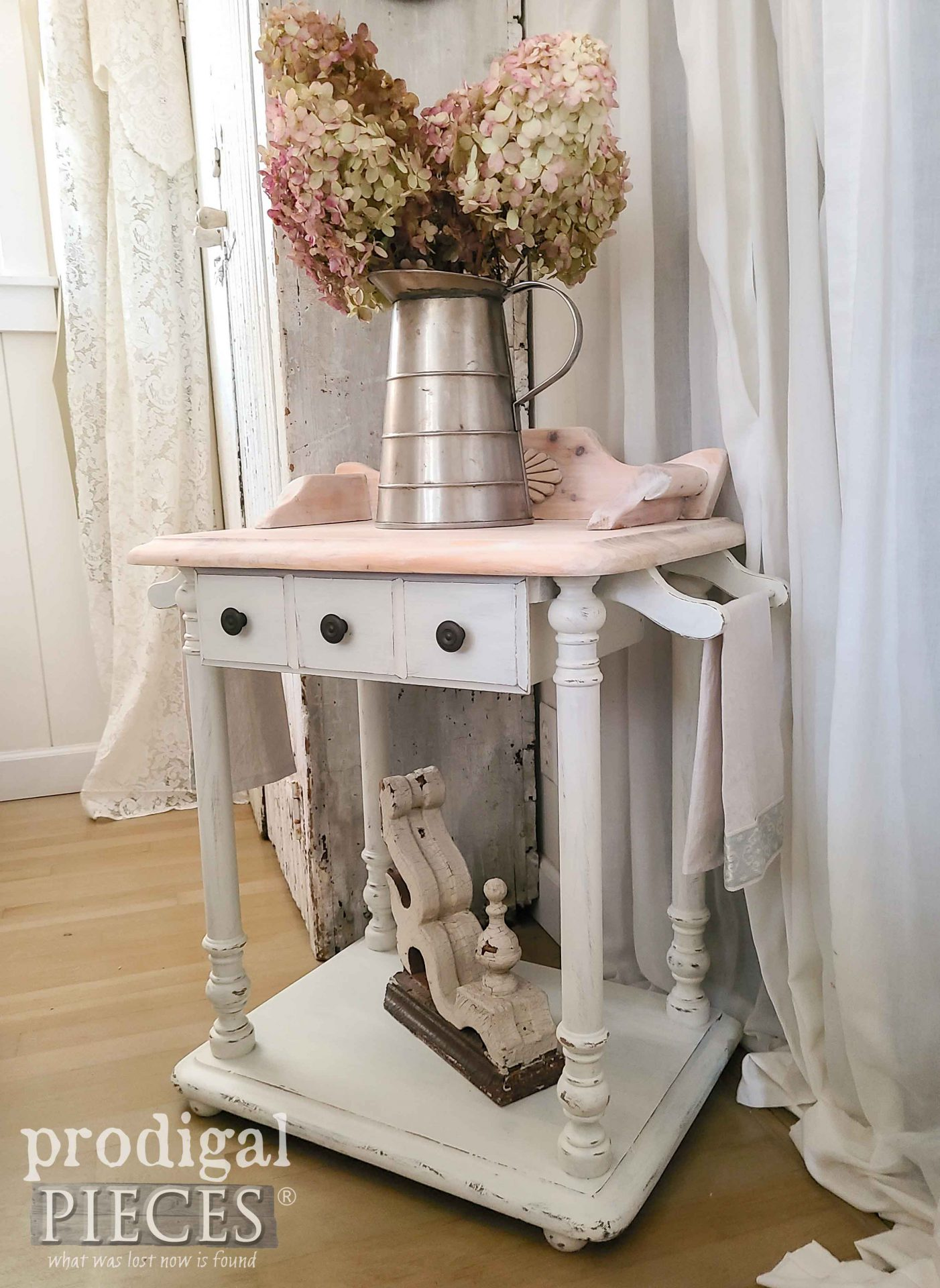 Antique White Wash Stand with Linen Towels by Larissa of Prodigal Pieces | prodigalpieces.com #prodigalpieces #antique #farmhouse #furniture #home