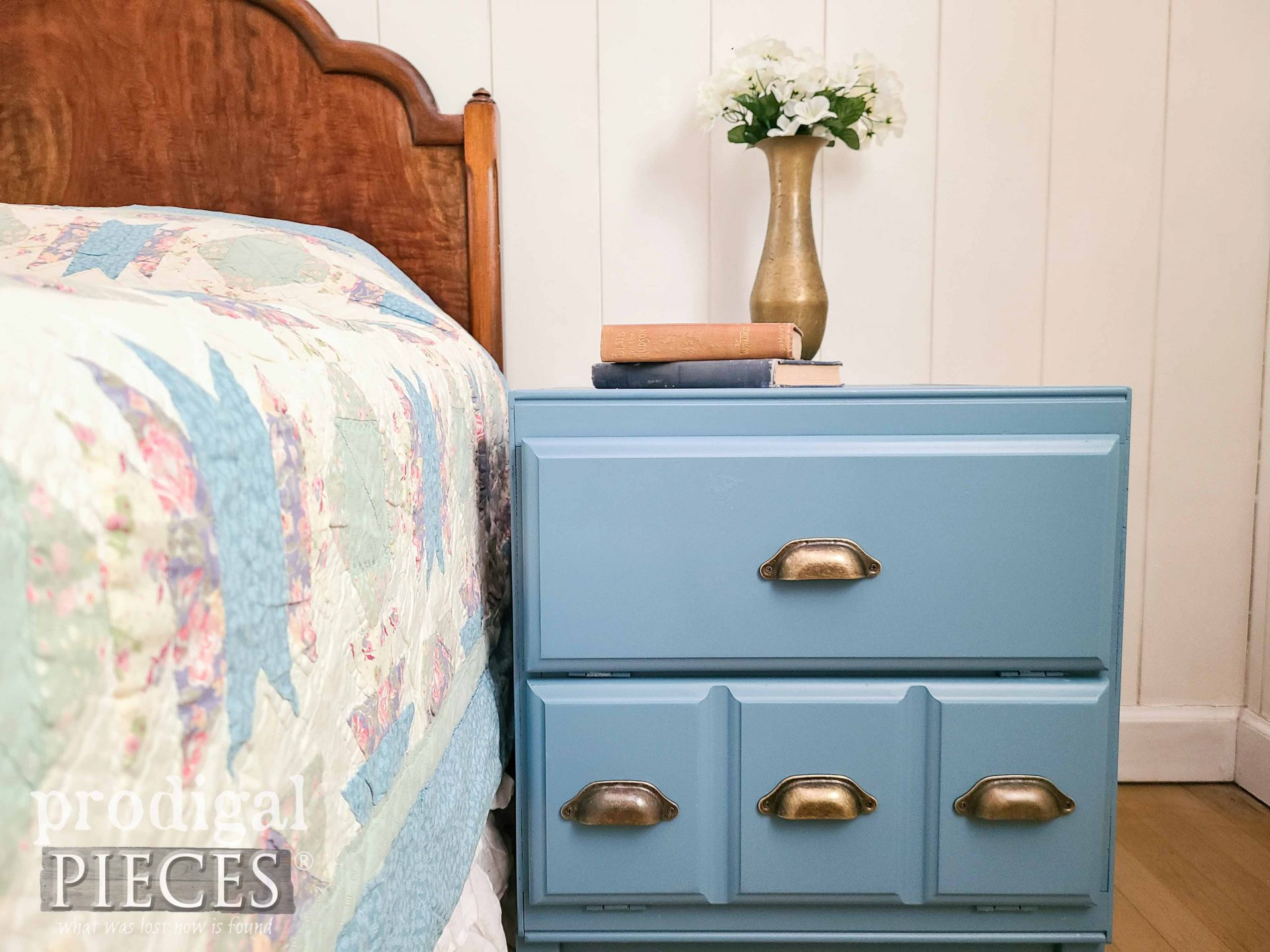 Modern Farmhouse Style Blue Cabinet Side Table by Larissa of Prodigal Pieces   prodigalpieces.com #prodigalpieces #modernfarmhouse #farmhouse #diy