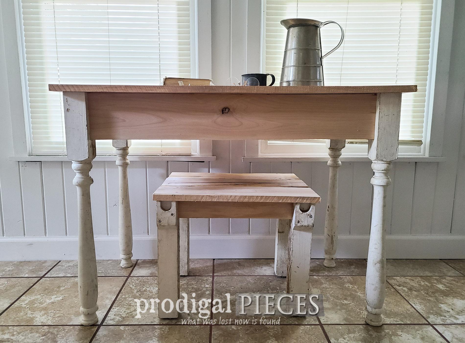 Featured Reclaimed Farmhouse Desk Set Built by Larissa of Prodigal Pieces | prodigalpieces.com #prodigalpieces #farmhouse #furniture #home #homedecor