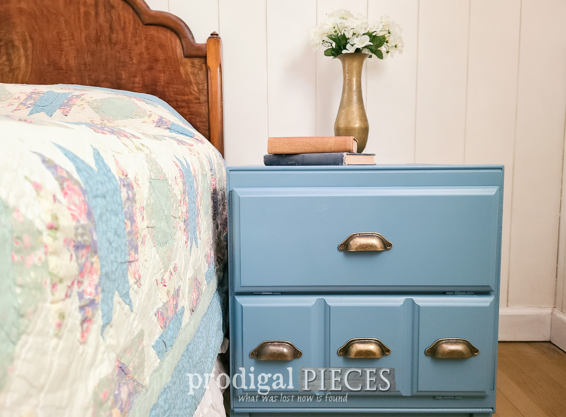 Featured Vintage Cabinet Side Table Makeover & Rebuild by Larissa of Prodigal Pieces | prodigalpieces.com #prodigalpieces #furntiure #diy #vintage #farmhouse #modernfarmhouse