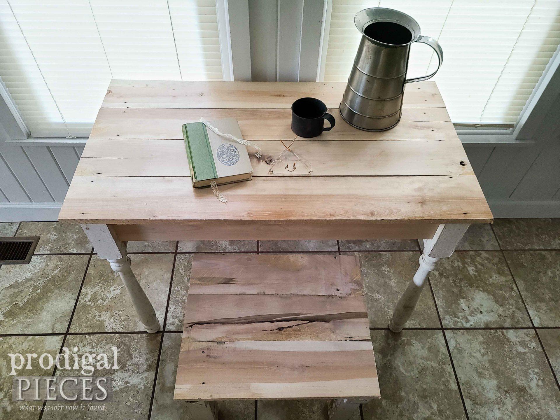 Reclaimed Wood Plank Wood Desk Set by Larissa of Prodigal Pieces | prodigalpieces.com #prodigalpieces #reclaimed #wood #farmhouse #woodworking #diy #home