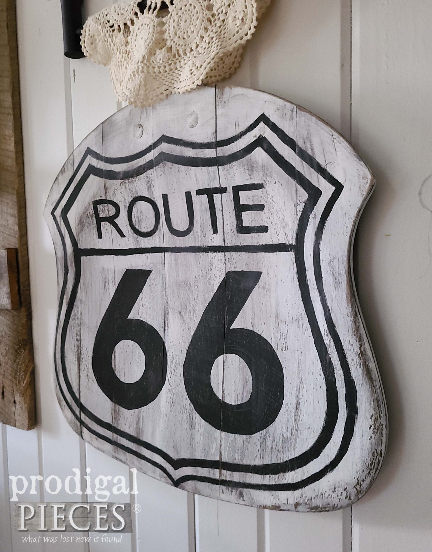Repurposed Route 66 Sign from Broken Chair Seat by Larissa of Prodigal Pieces | prodigalpieces.com #prodigalpieces #diy #home #sign