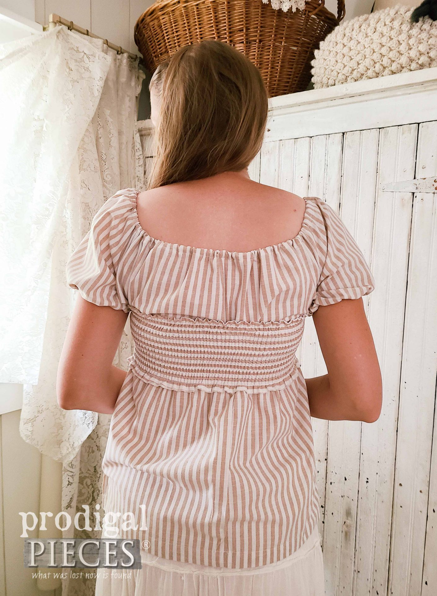 Ladies' Smocked Blouse Back View by Larissa of Prodigal Pieces | prodigalpieces.com #prodigalpieces #fashion #refashion #handmade #style