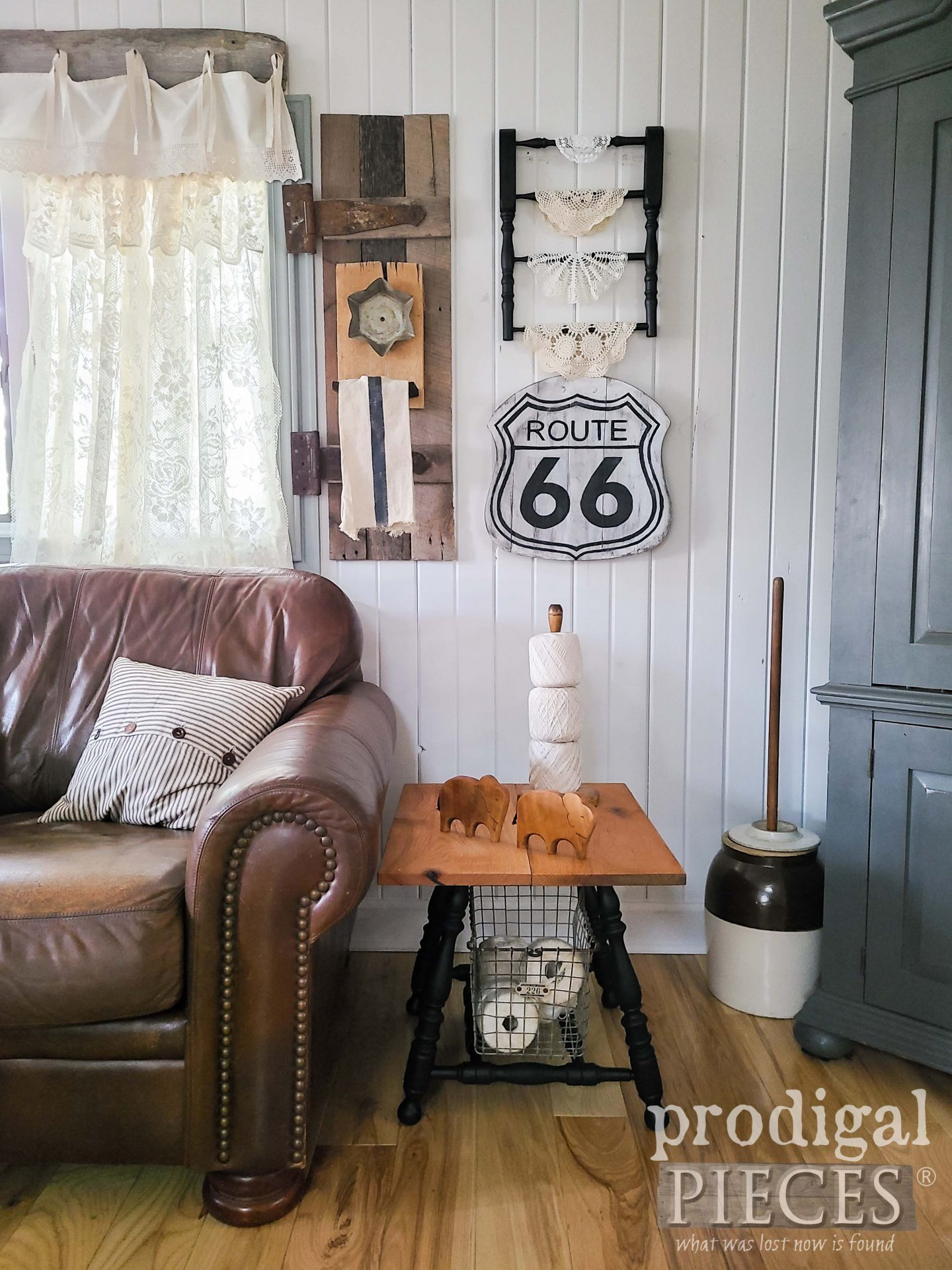 Upcycled Farmhouse Decor from a Broken Chair by Larissa of Prodigal Pieces | prodigalpieces.com #prodigalpieces #farmhouse #home #diy #upcycled #homedecor
