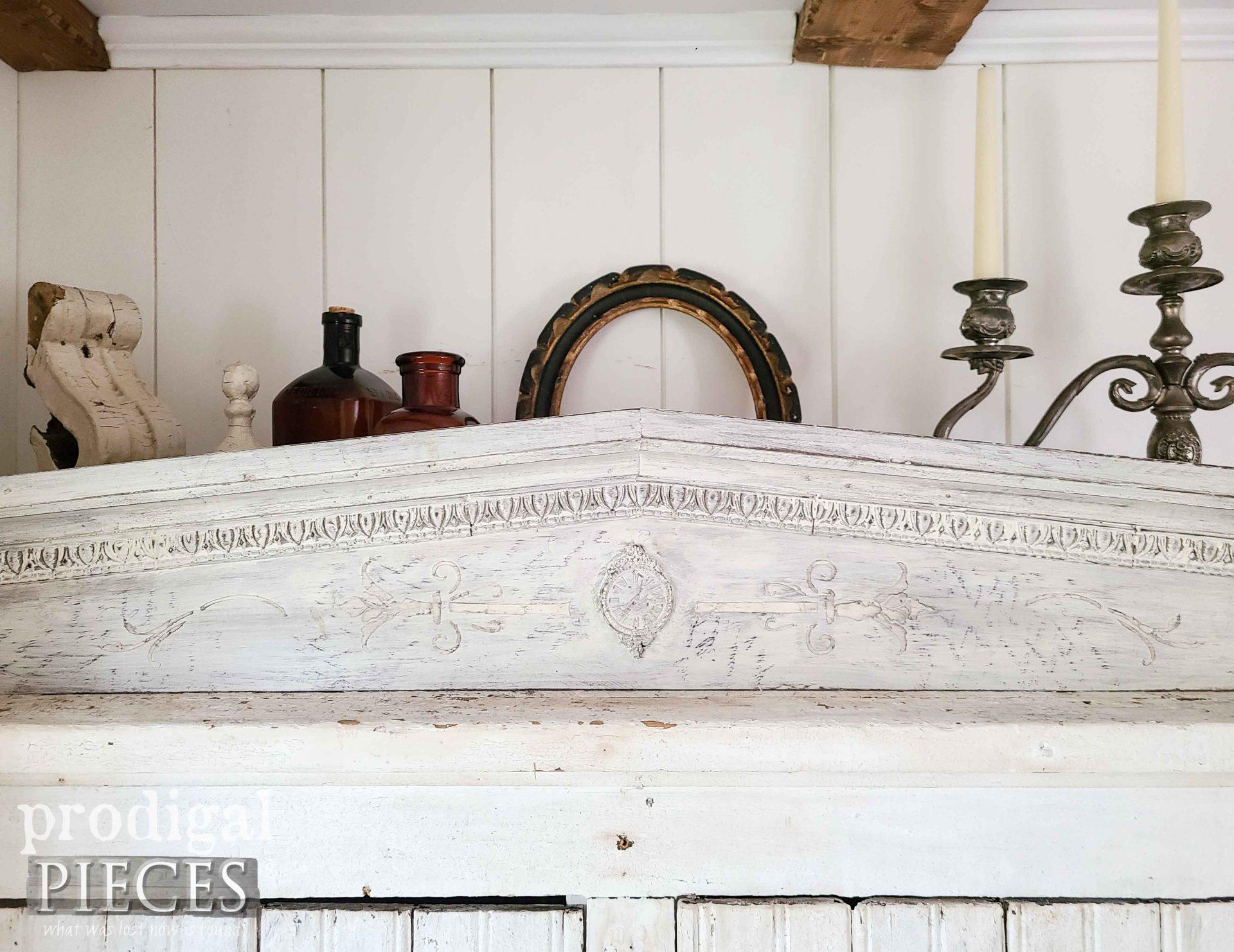 Closeup of DIY Farmhouse Pediment by Larissa of Prodigal Pieces | prodigalpieces.com #prodigalpieces #farmhouse #antique #home