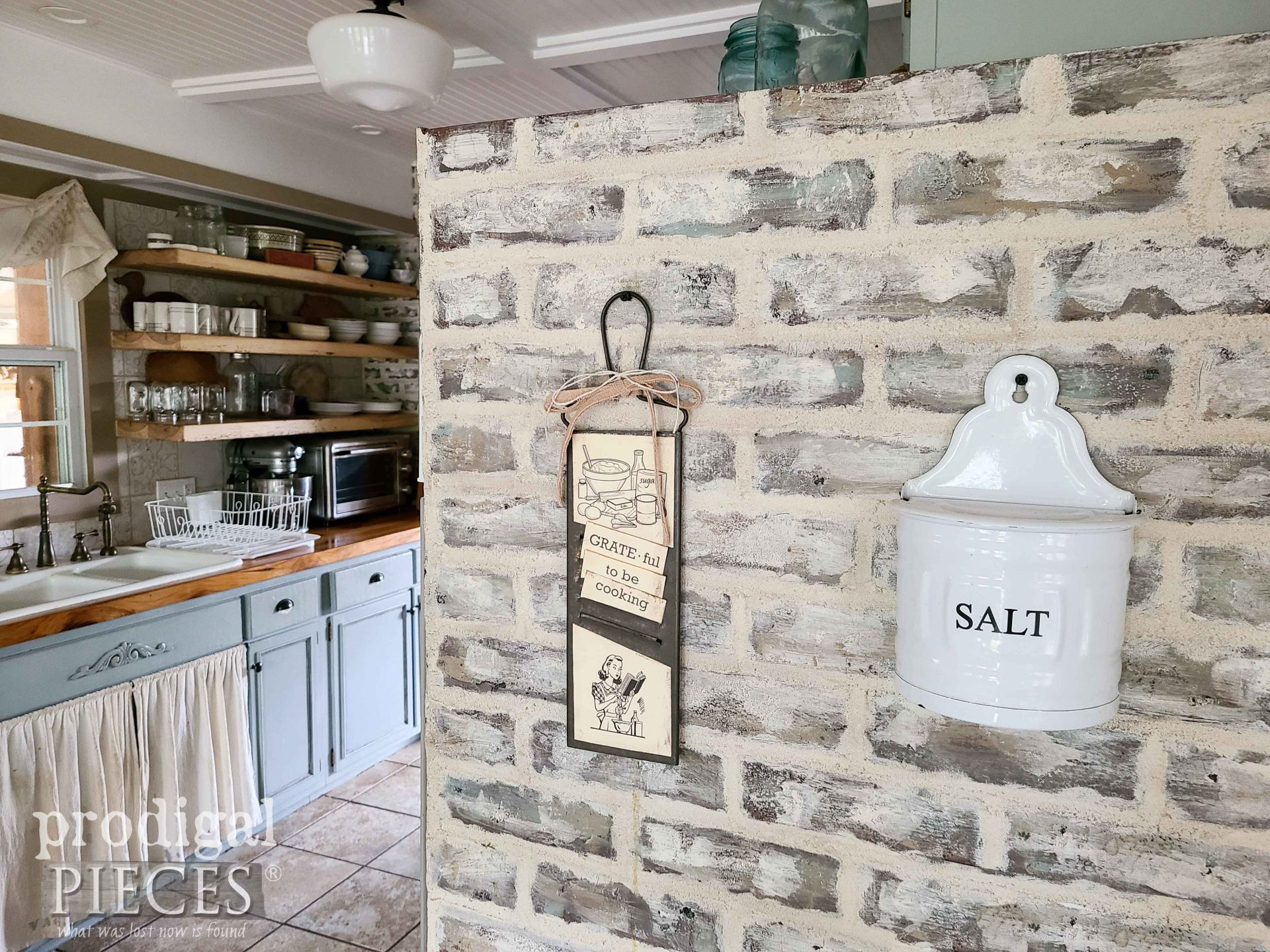 Farmhouse Rustic Chic Home Decor with Upcycled Grater by Larissa of Prodigal Pieces   prodigalpieces.com #prodigalpieces #farmhouse #diy #home #kitchen