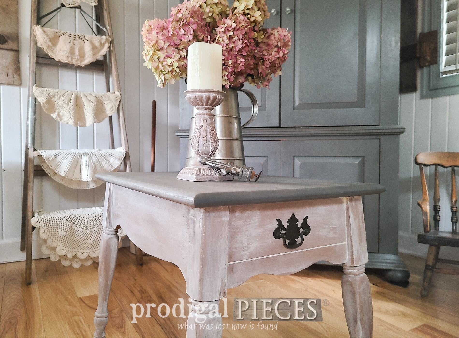 Featured Farmhouse Side Table Makeover by Larissa of Prodigal Pieces | prodigalpieces.com #prodigalpieces #farmhouse #diy #furniture #vintage