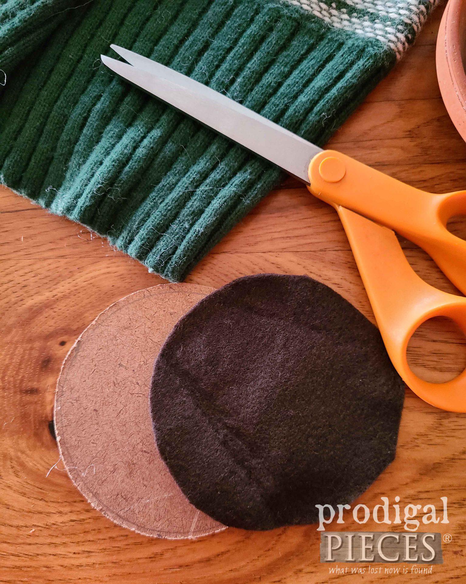 Pincushion Inserts of Hard Board and Felt | prodigalpieces.com
