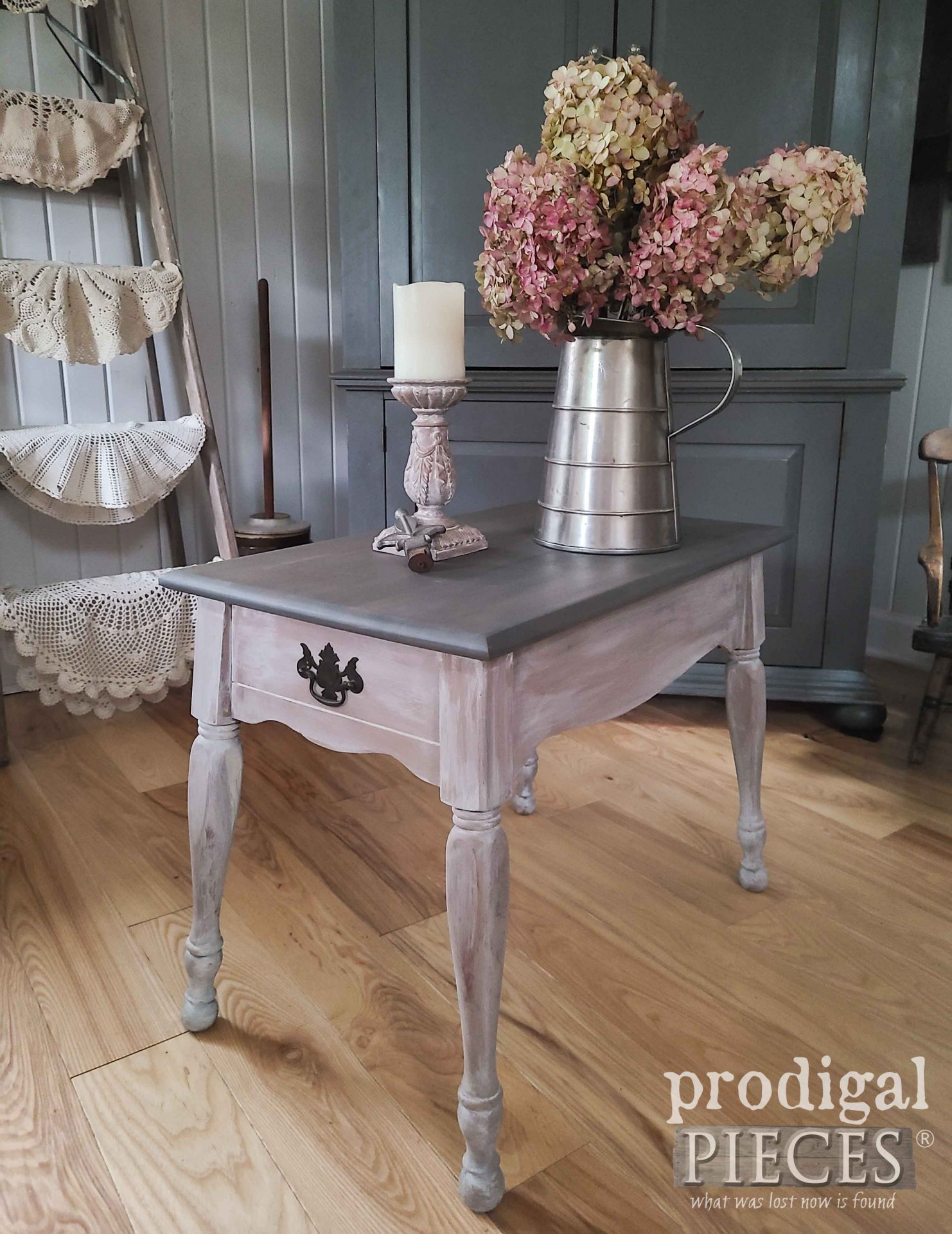 Small Vintage Farmhouse Table Makeover by Larissa of Prodigal Pieces | prodigalpieces.com #prodigalpieces #vintage #furniture #table #home